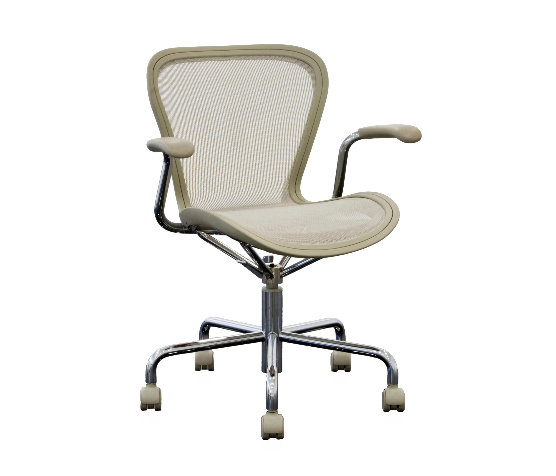 ANNETT SWIVEL CHAIR Task chairs from Magis