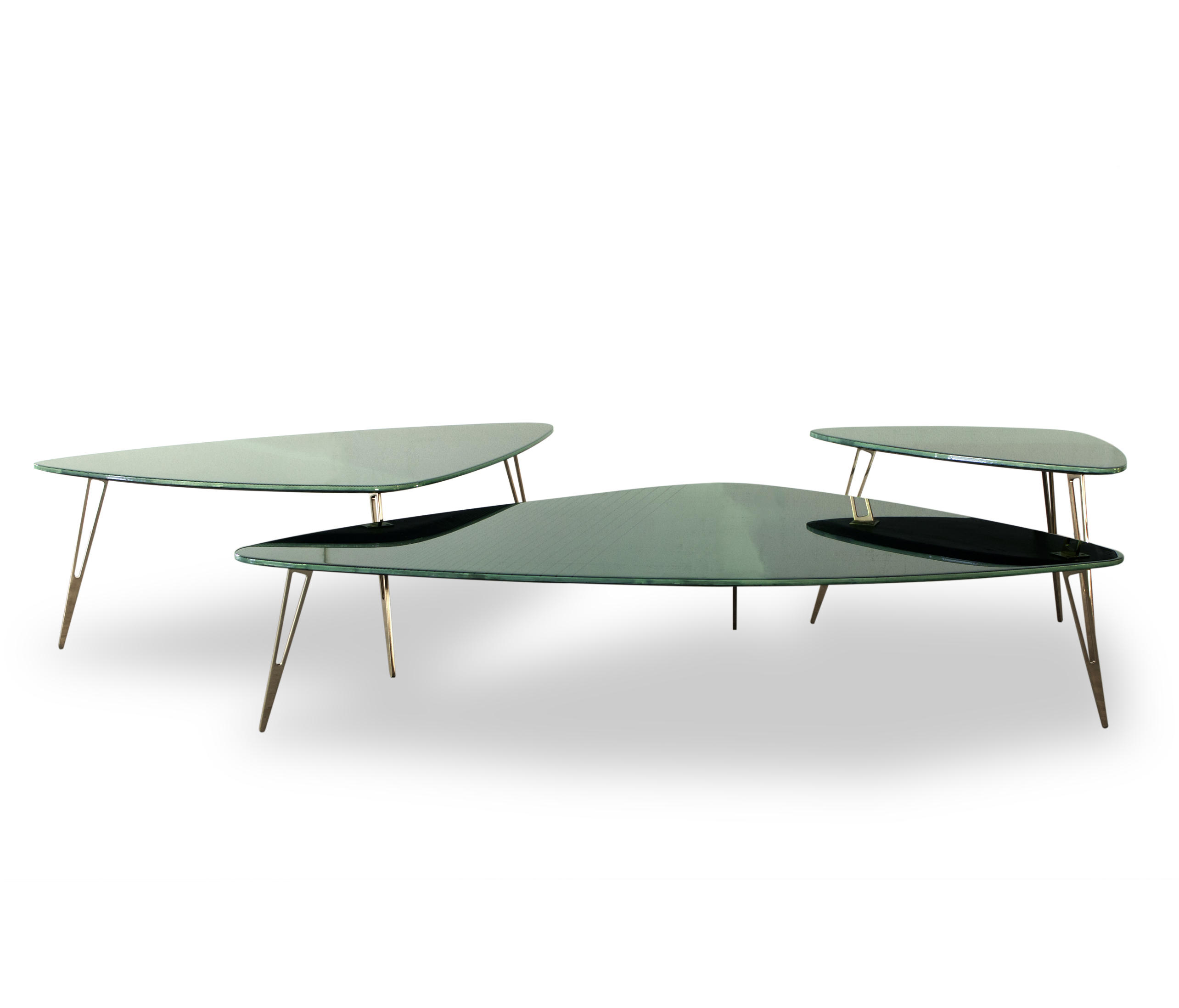 Liquid organique small table side tables from baxter for Architecture organique