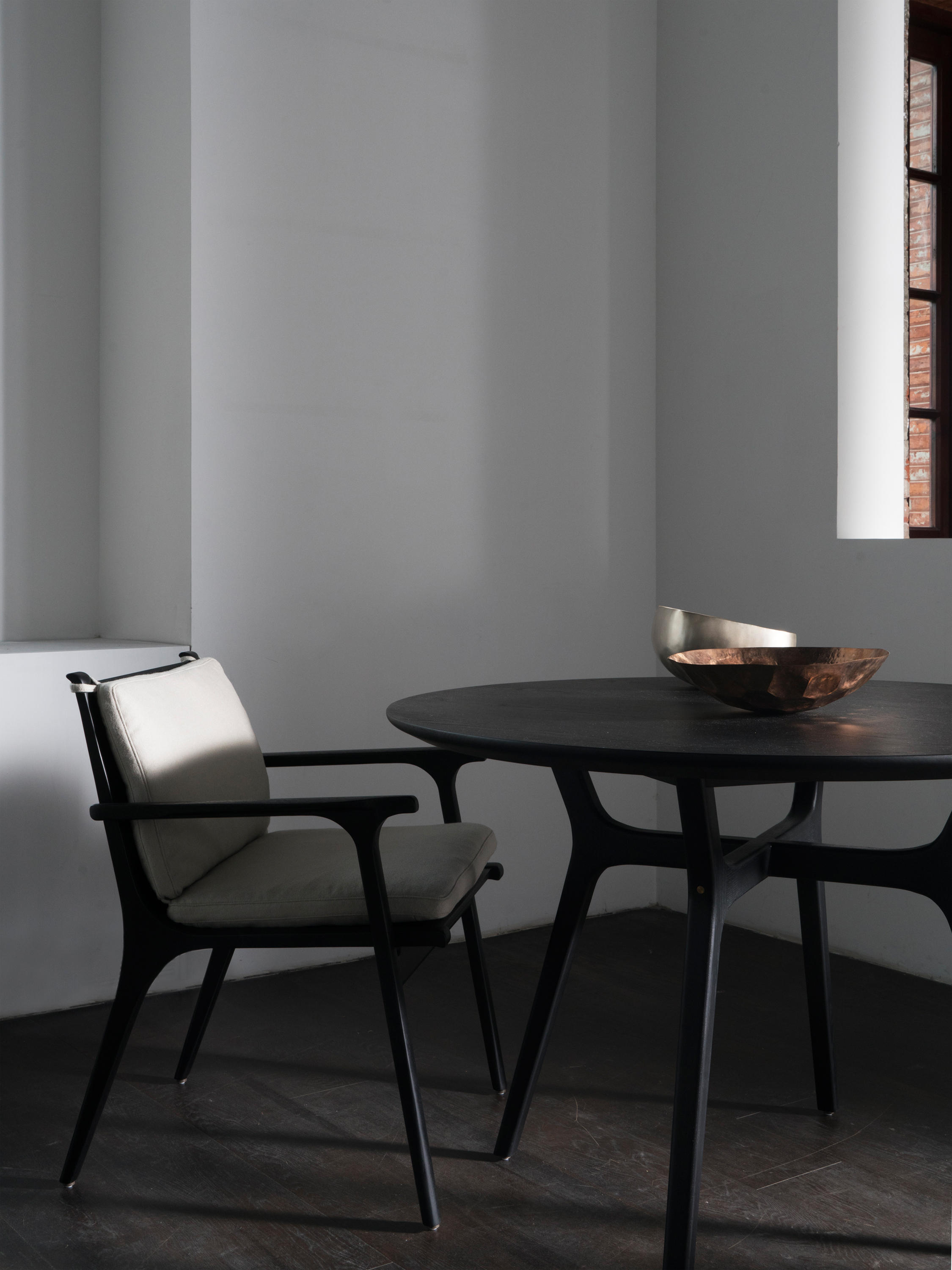 Captivating Rén Dining Armchair By Stellar Works | Restaurant Chairs ...