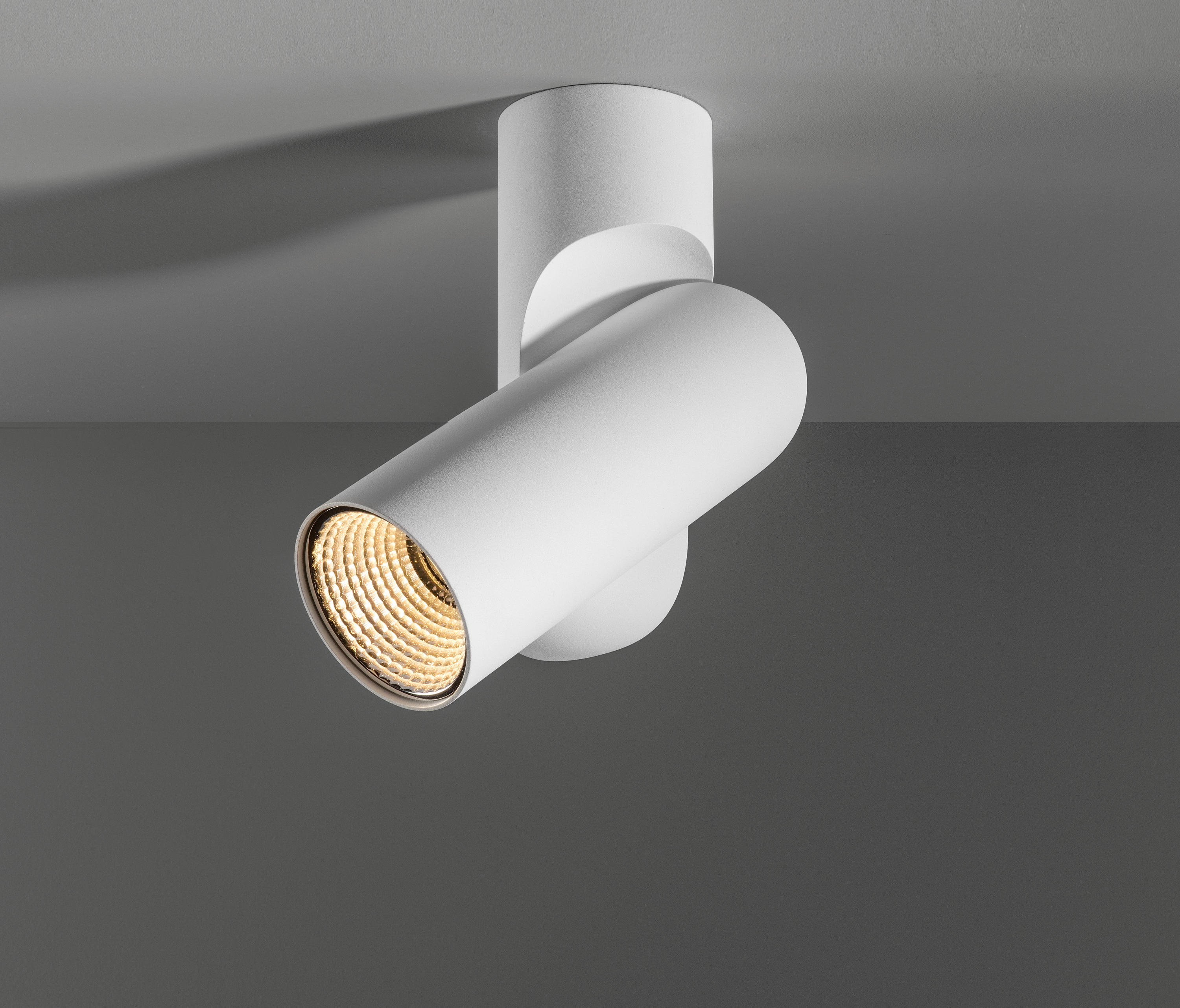 SQUBE ON BASE 1.0 - Ceiling-mounted spotlights from Wever & Ducré ...
