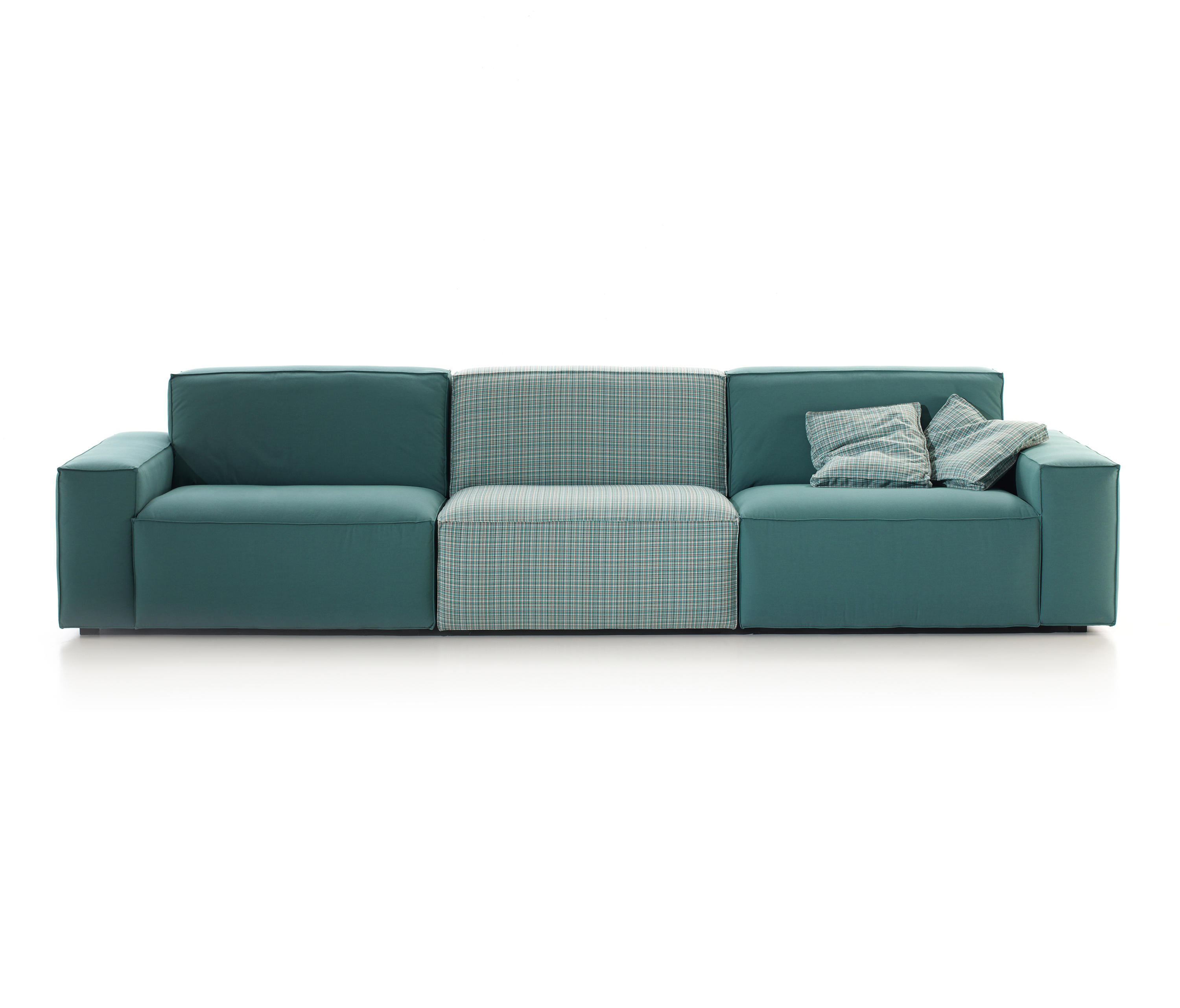 Cool lounge sofas from belta frajumar architonic - Belta frajumar projects sl ...