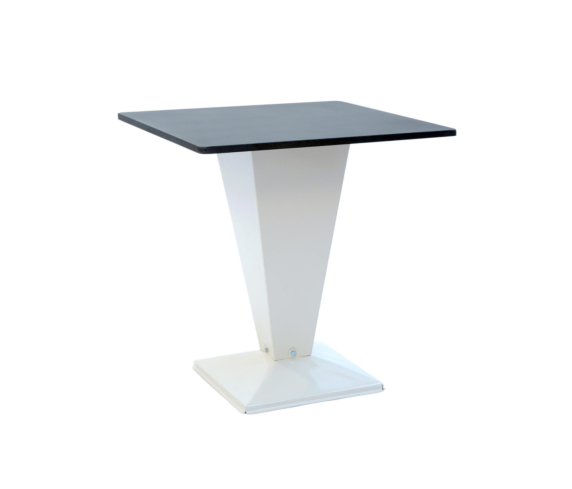 Kub table basse b ton 80 80 tables manger de jardin de for Table exterieur tolix