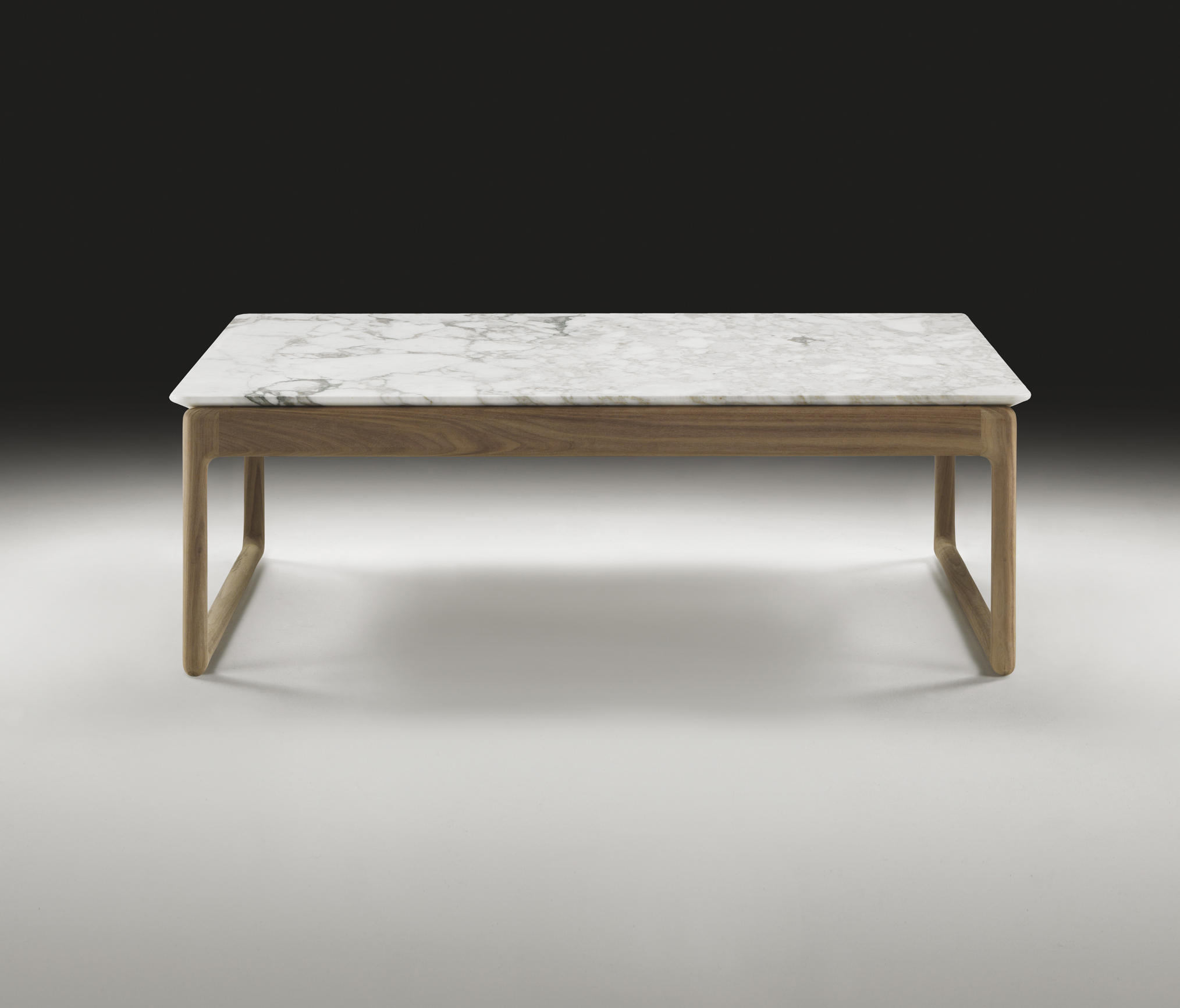 BRIG Lounge tables from Flexform