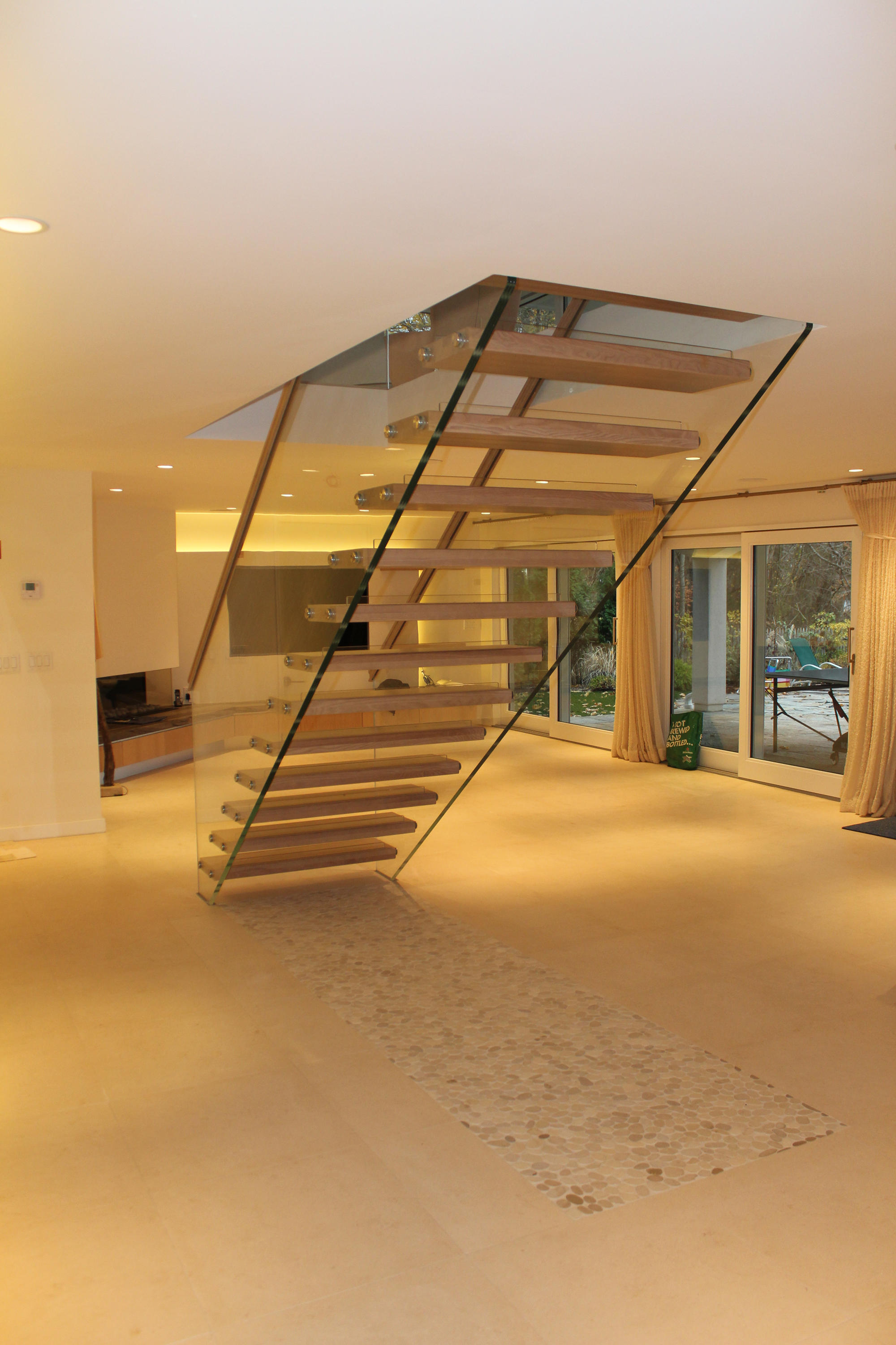 Mistral Free Floating By Siller Treppen | Glass Stairs ...