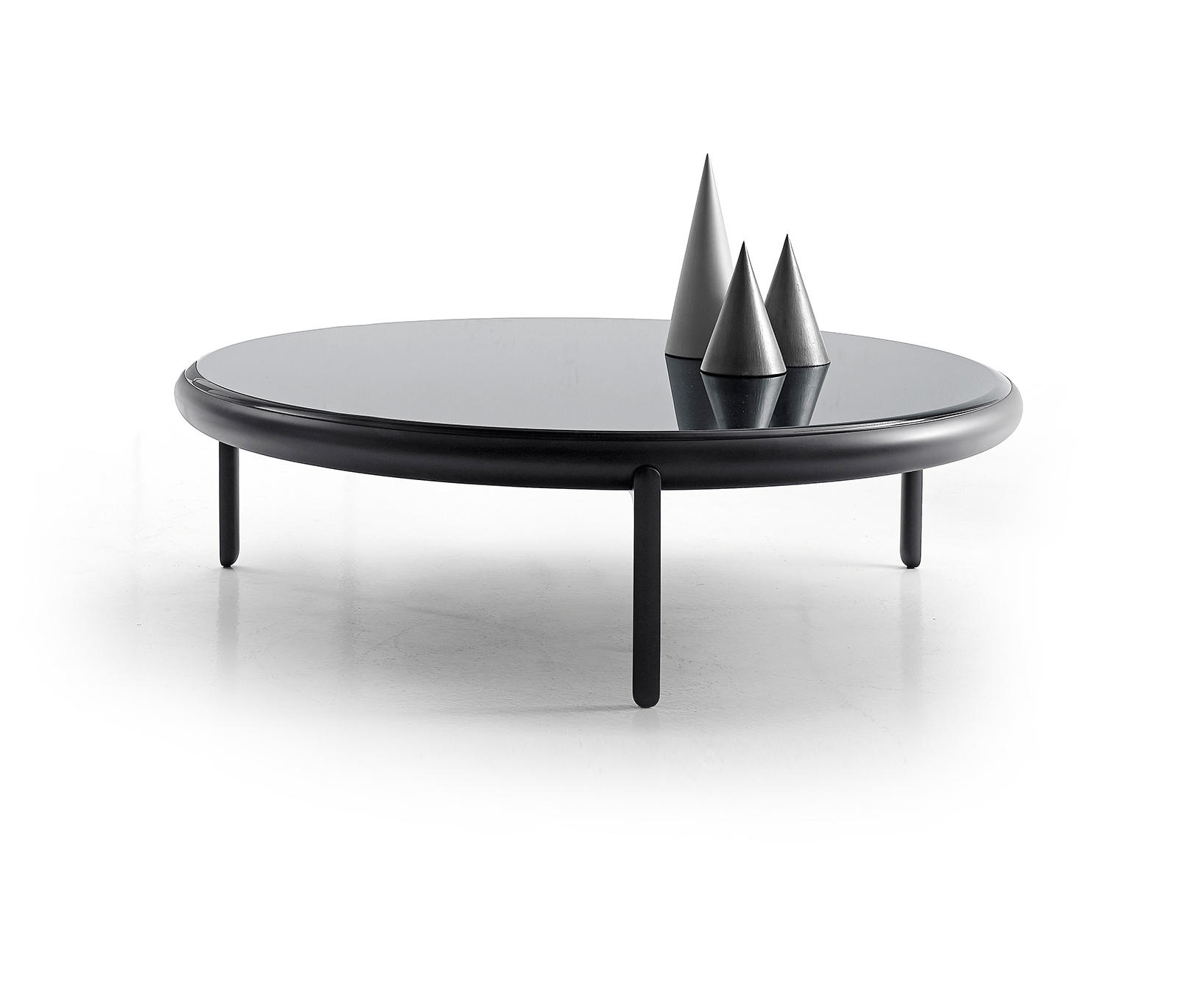 MARU Lounge tables from B&B Italia