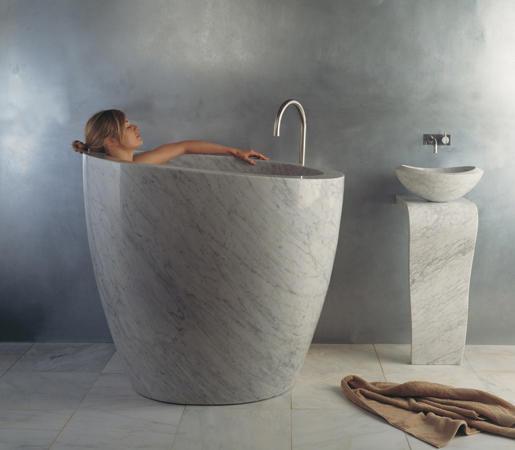 Eau Soaking Tub Carrara Marble, Round Soaking Tubs