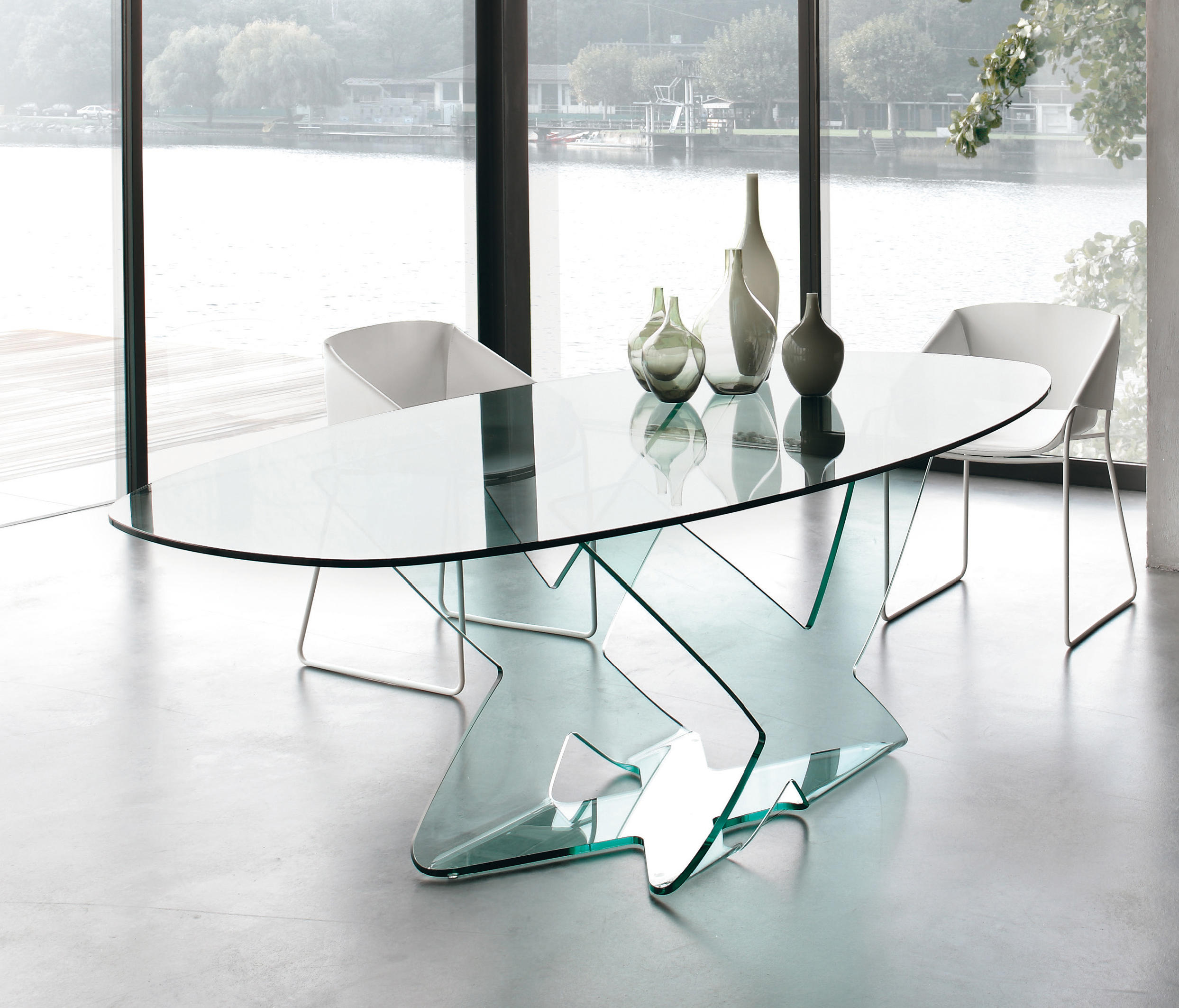 ghost  dining tables from tonin casa  architonic - ghost by tonin casa  dining tables