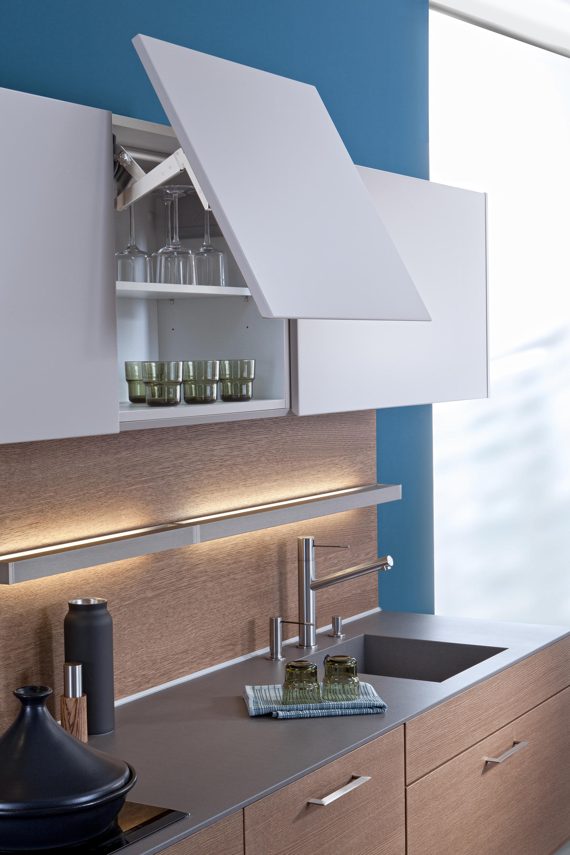 CLASSIC-FS   TOPOS - Fitted kitchens from Leicht Küchen AG ...   {Classic küchen 49}
