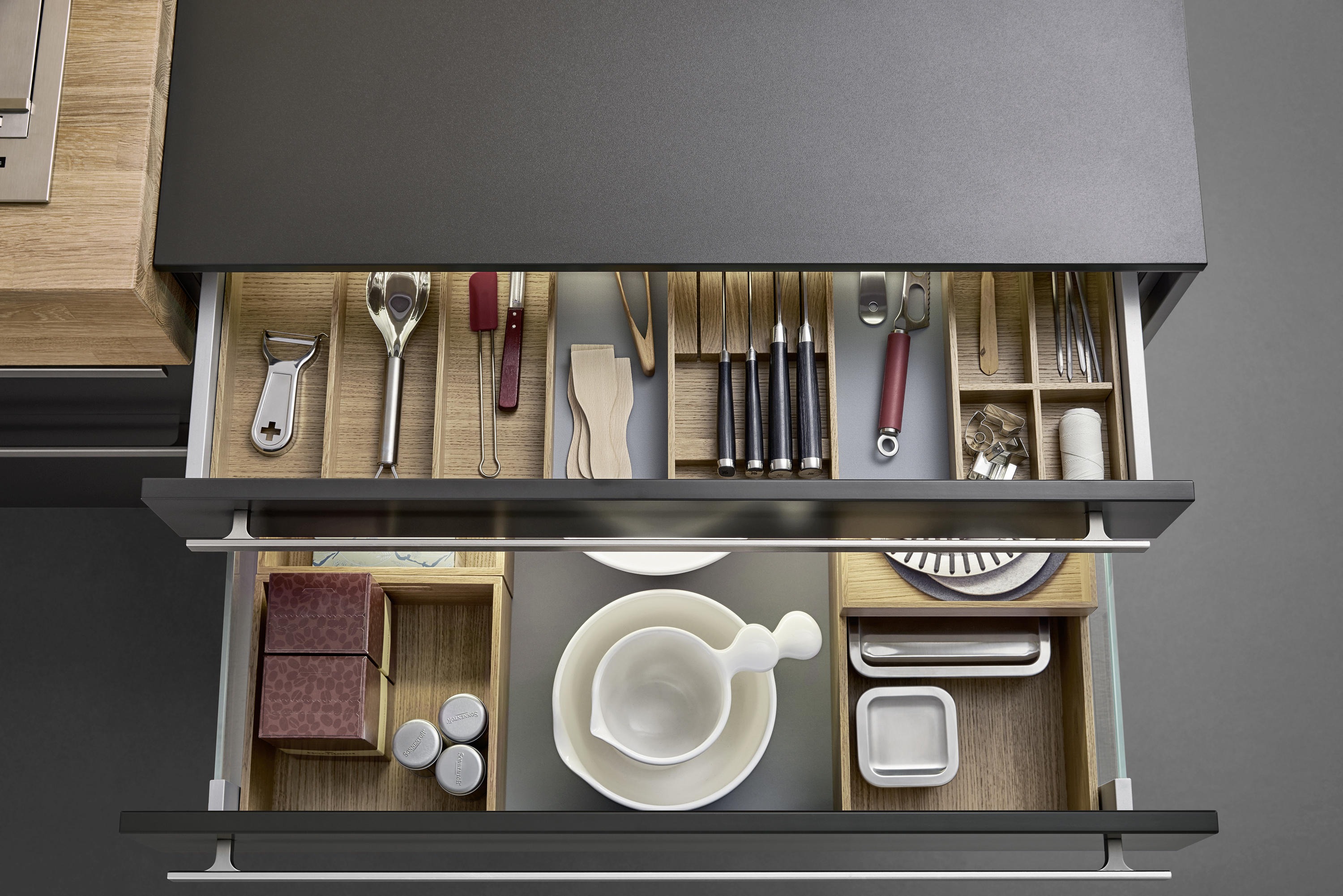 l box kitchen organization from leicht k chen ag. Black Bedroom Furniture Sets. Home Design Ideas