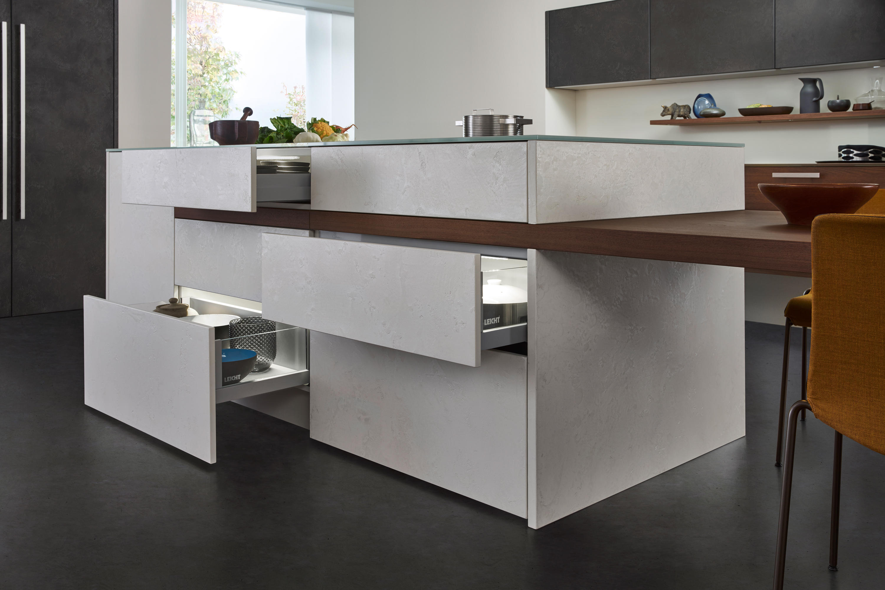 topos concrete fitted kitchens from leicht k chen ag architonic. Black Bedroom Furniture Sets. Home Design Ideas