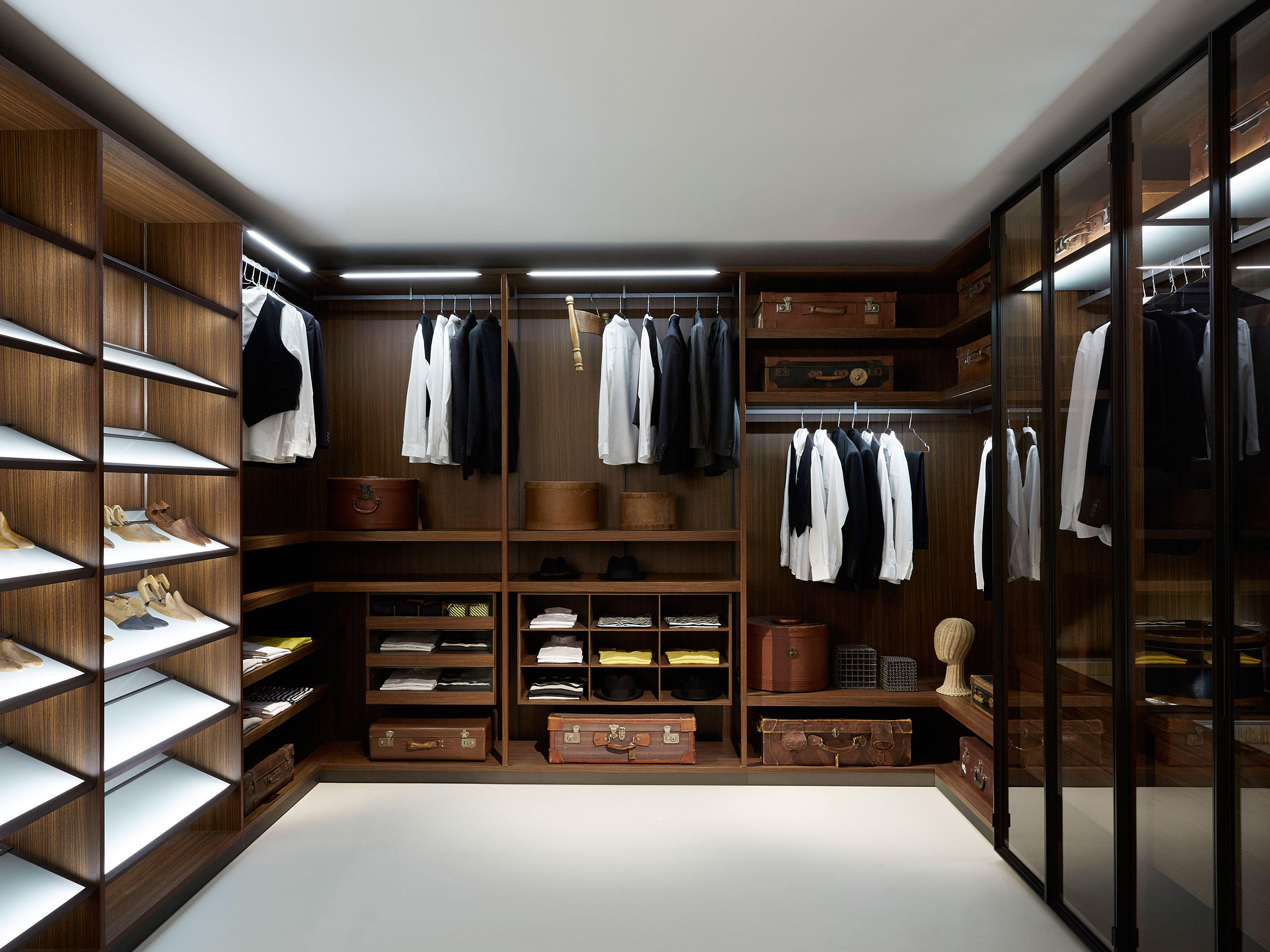 ... Storage Dressing Room By PORRO | Walk In Wardrobes