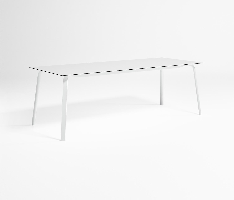 Stack mesa alta cuadrada mesas de comedor de jard n de gandiablasco architonic - Mesa alta comedor ...