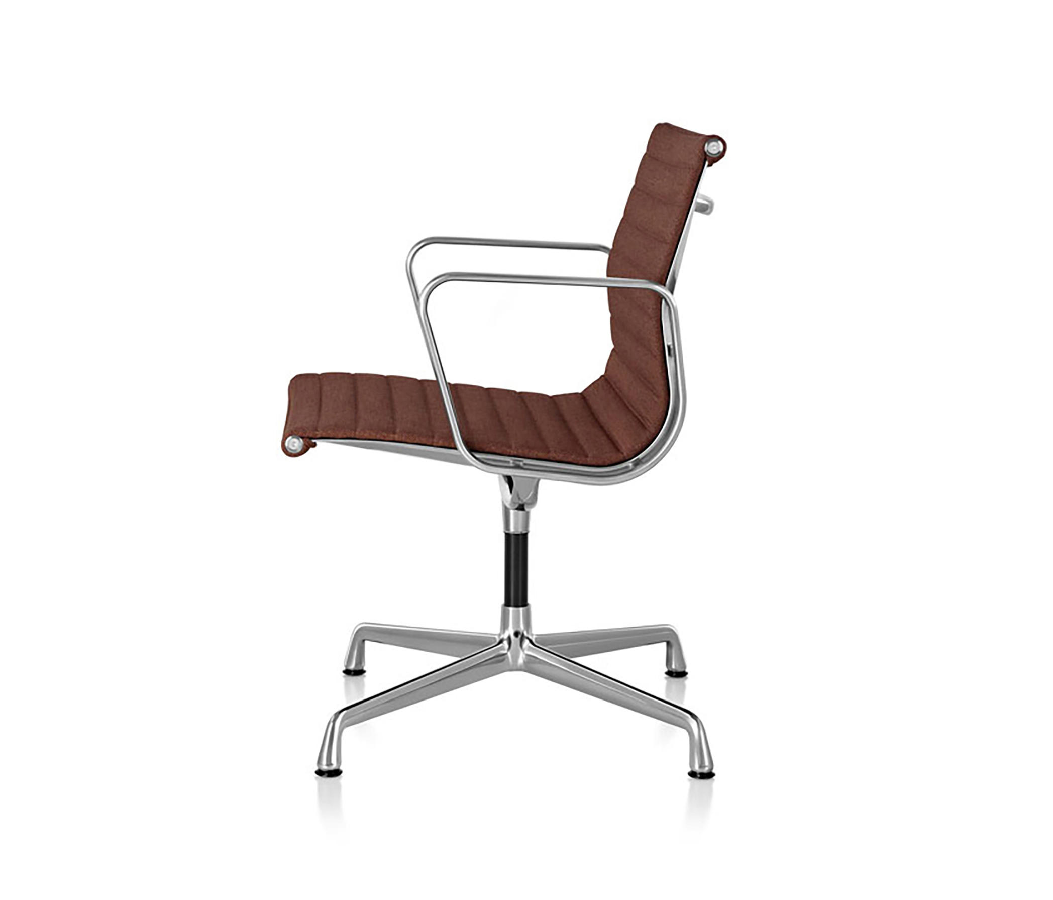 eames aluminum group management chair conference chairs. Black Bedroom Furniture Sets. Home Design Ideas