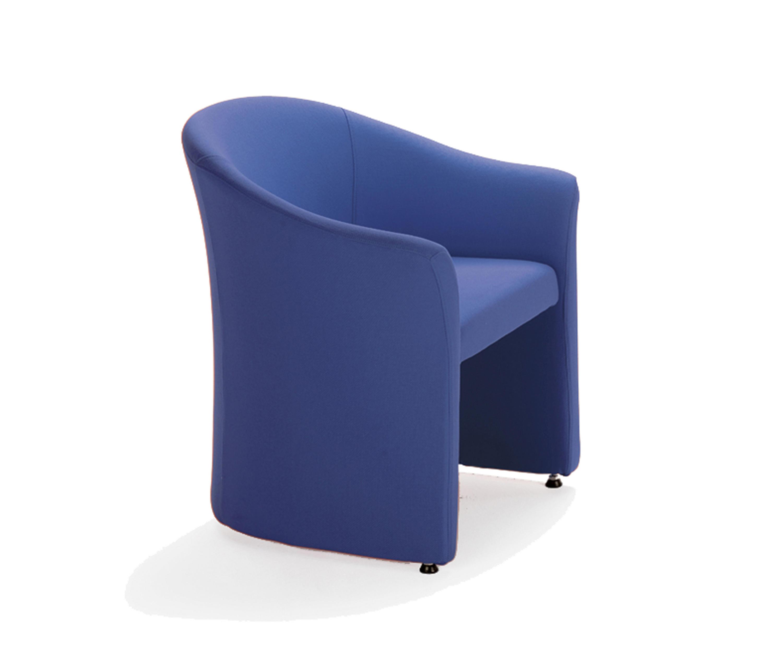 Arca fauteuils d 39 attente de sokoa architonic for Sokoa hendaye