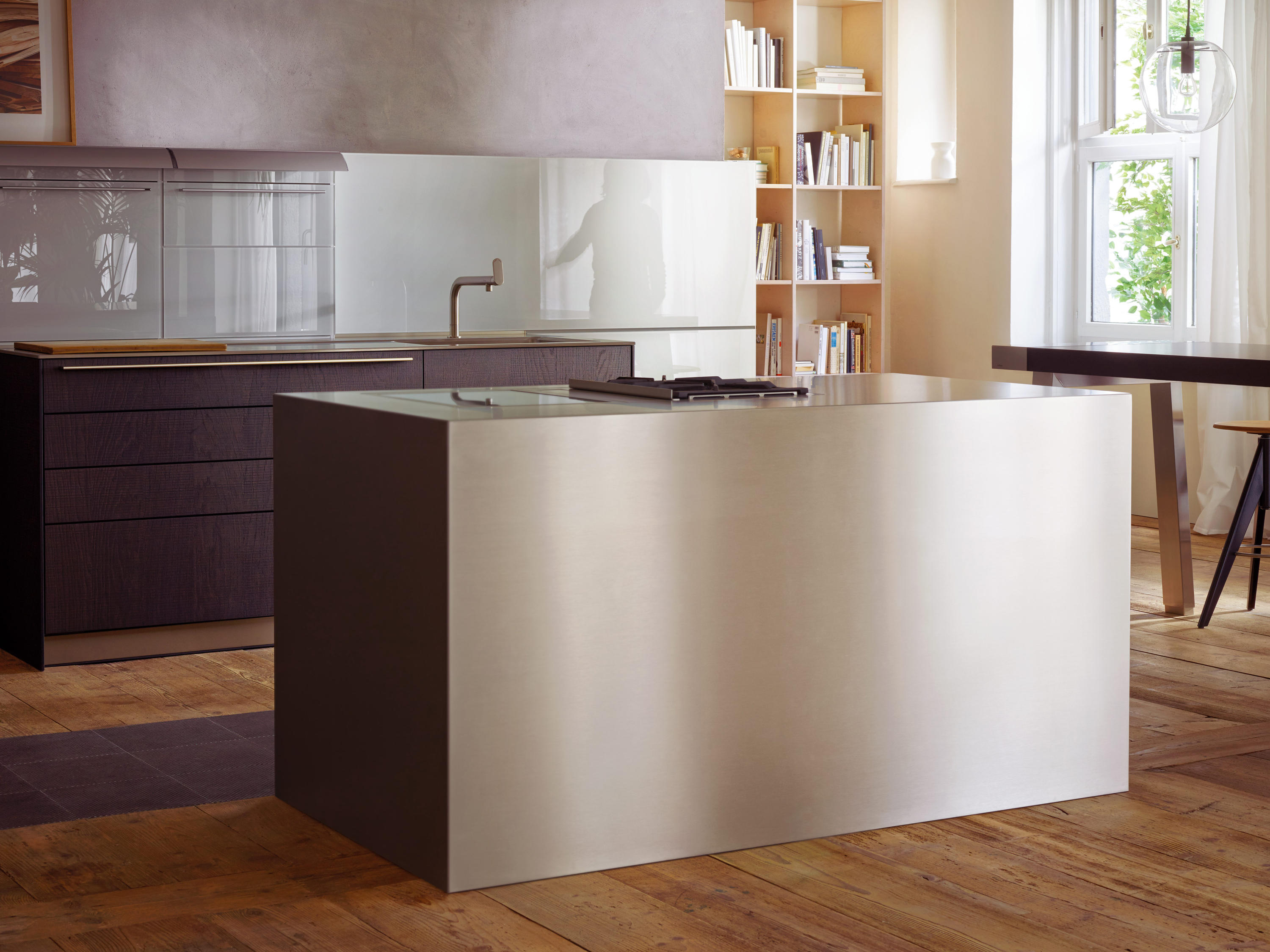 b3 stainless steel and aluminum fitted kitchens from. Black Bedroom Furniture Sets. Home Design Ideas