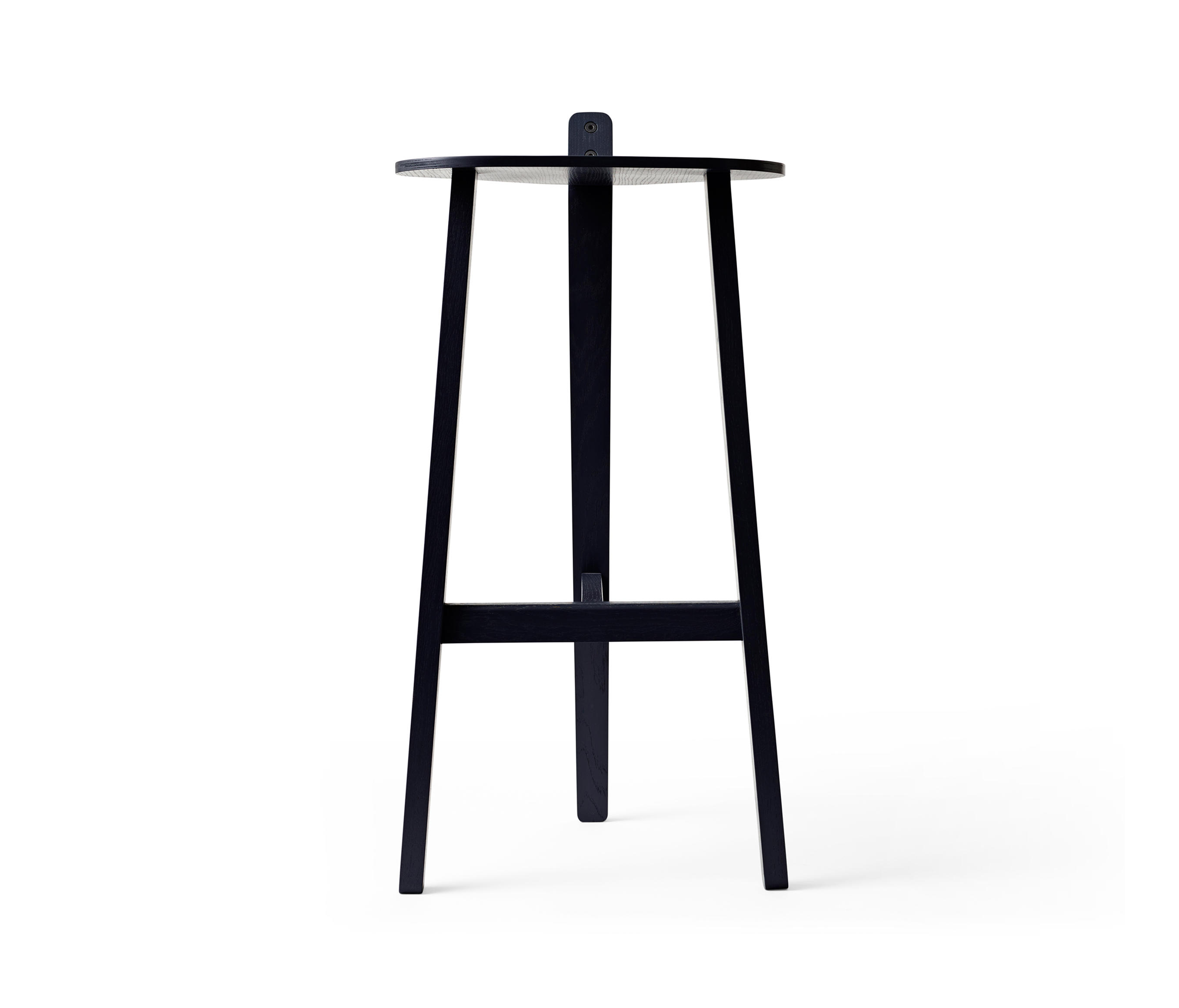 bronco bar stool black bar stools from karakter. Black Bedroom Furniture Sets. Home Design Ideas