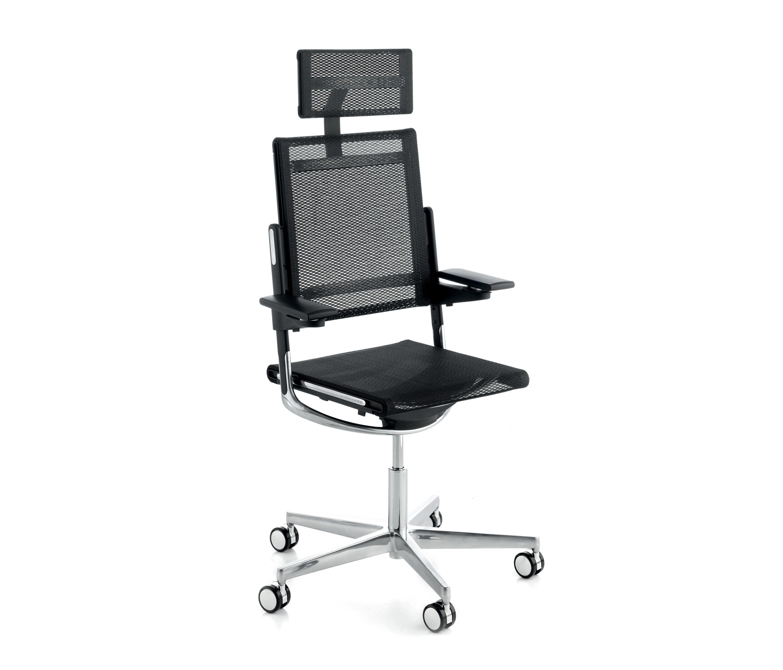 M4 chaises cadres de sokoa architonic for Sokoa hendaye