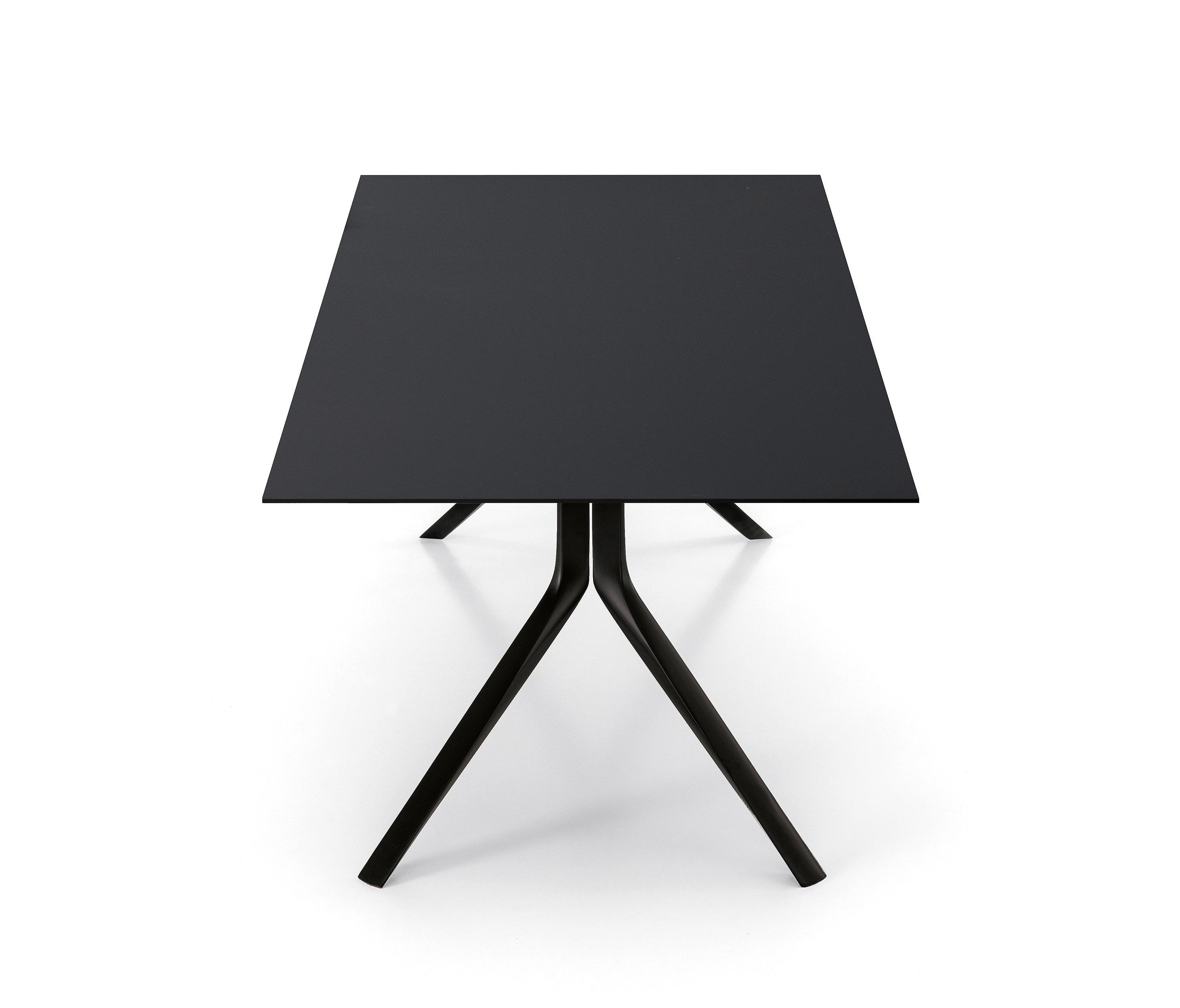 oops tisch restauranttische von kristalia architonic. Black Bedroom Furniture Sets. Home Design Ideas
