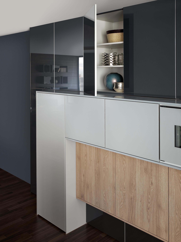 synthia ios largo lg einbauk chen von leicht k chen ag architonic. Black Bedroom Furniture Sets. Home Design Ideas