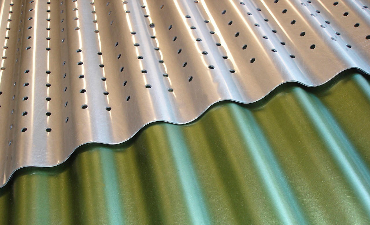 Corrugated Metal in Classic Slate Green Clear | Architonic