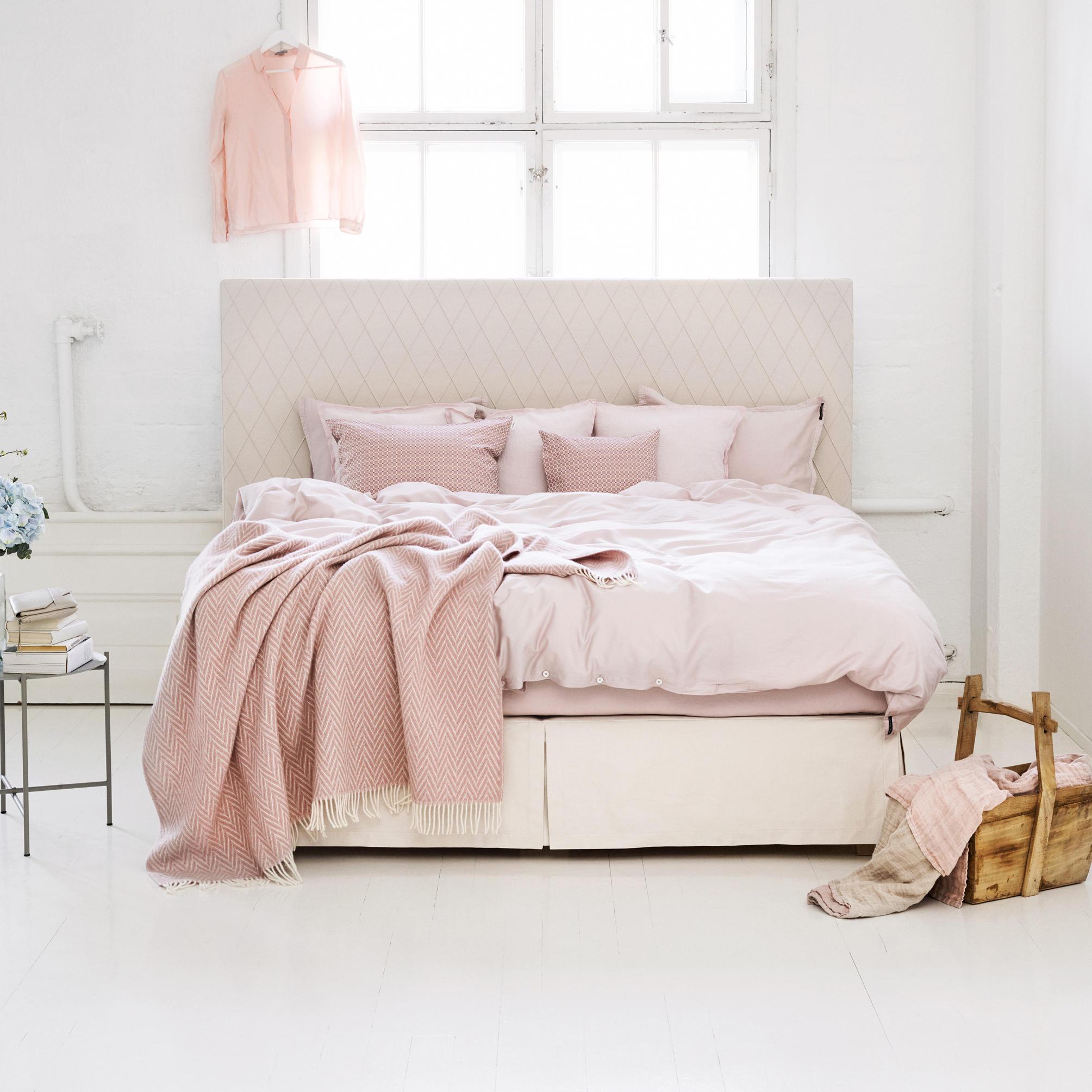 joop badezimmer accessoires. Black Bedroom Furniture Sets. Home Design Ideas