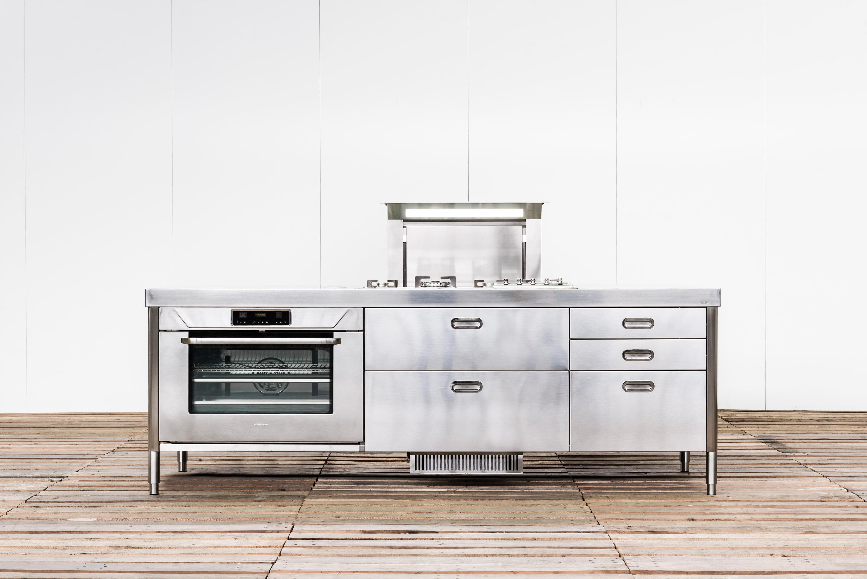 Isola cucina 250 cucine compatte alpes inox architonic - Cucine compatte ...