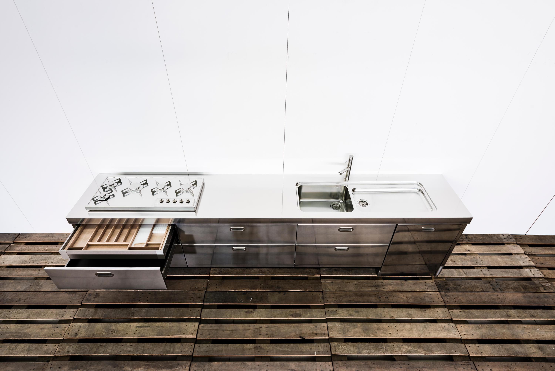 CUCINE SU MISURA - Cucine compatte ALPES-INOX | Architonic