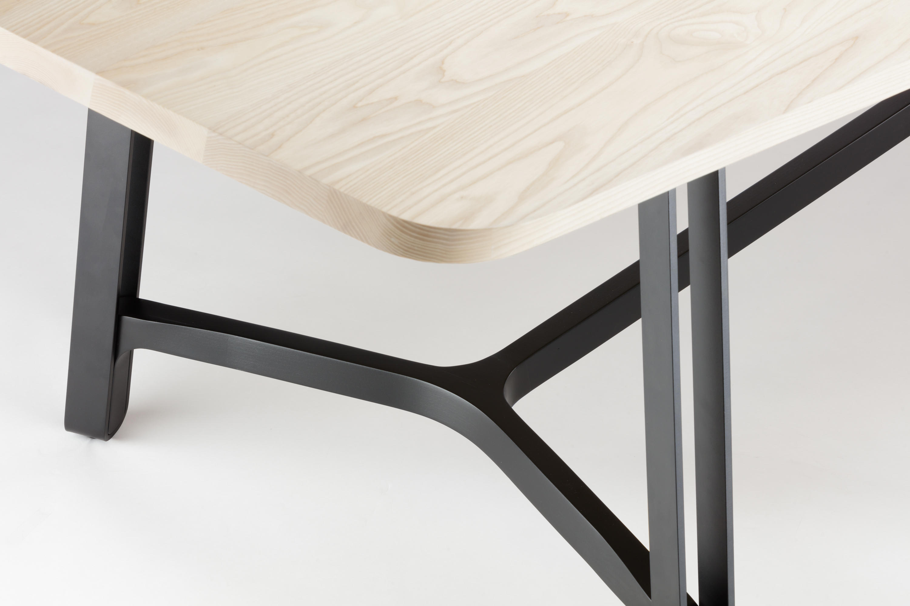 ... S 1092 By Thonet | Dining Tables ...
