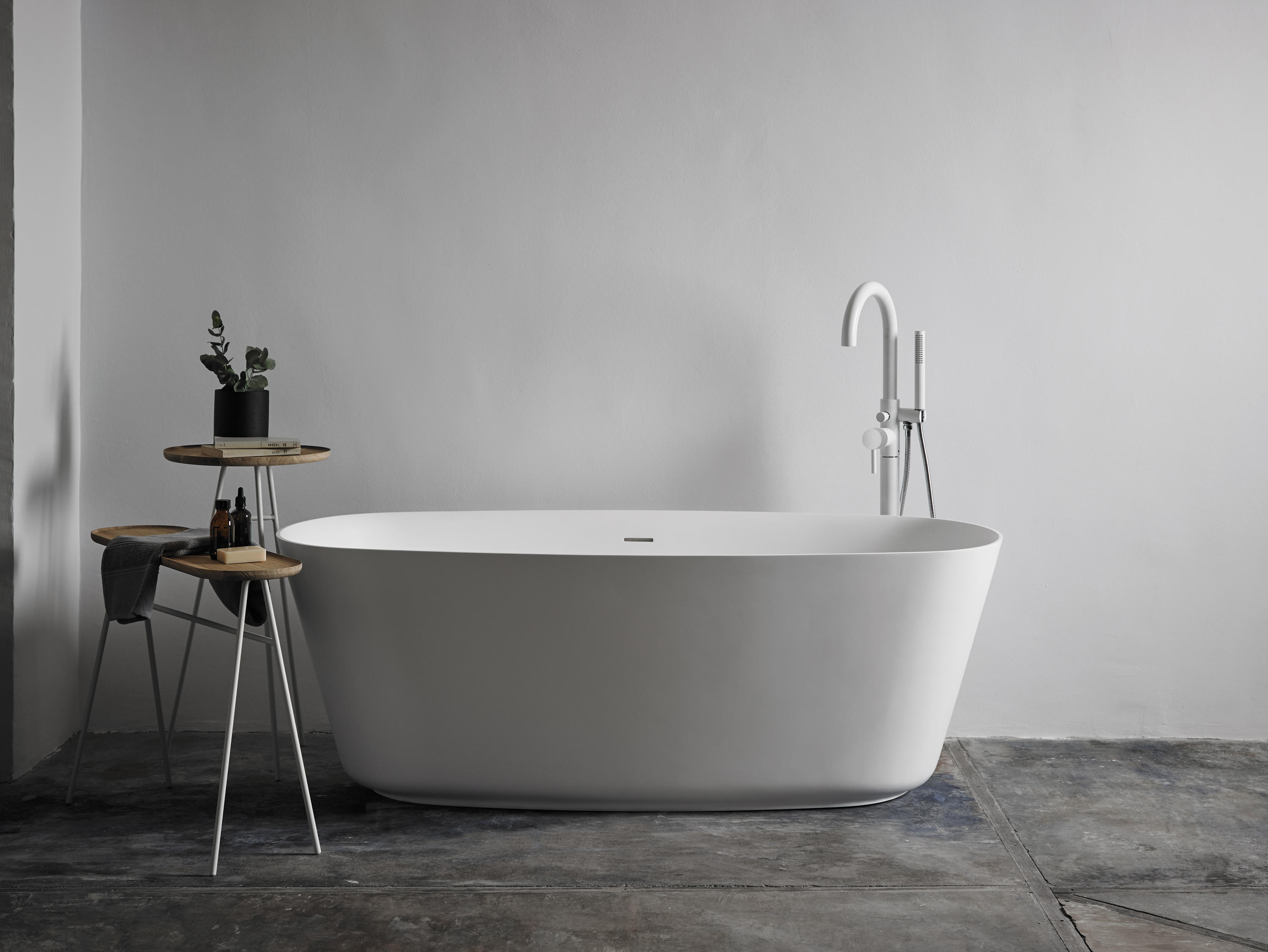 side no best wellis fiji hot cityline mercury tub bathtub free tubs uk manufacturers seller