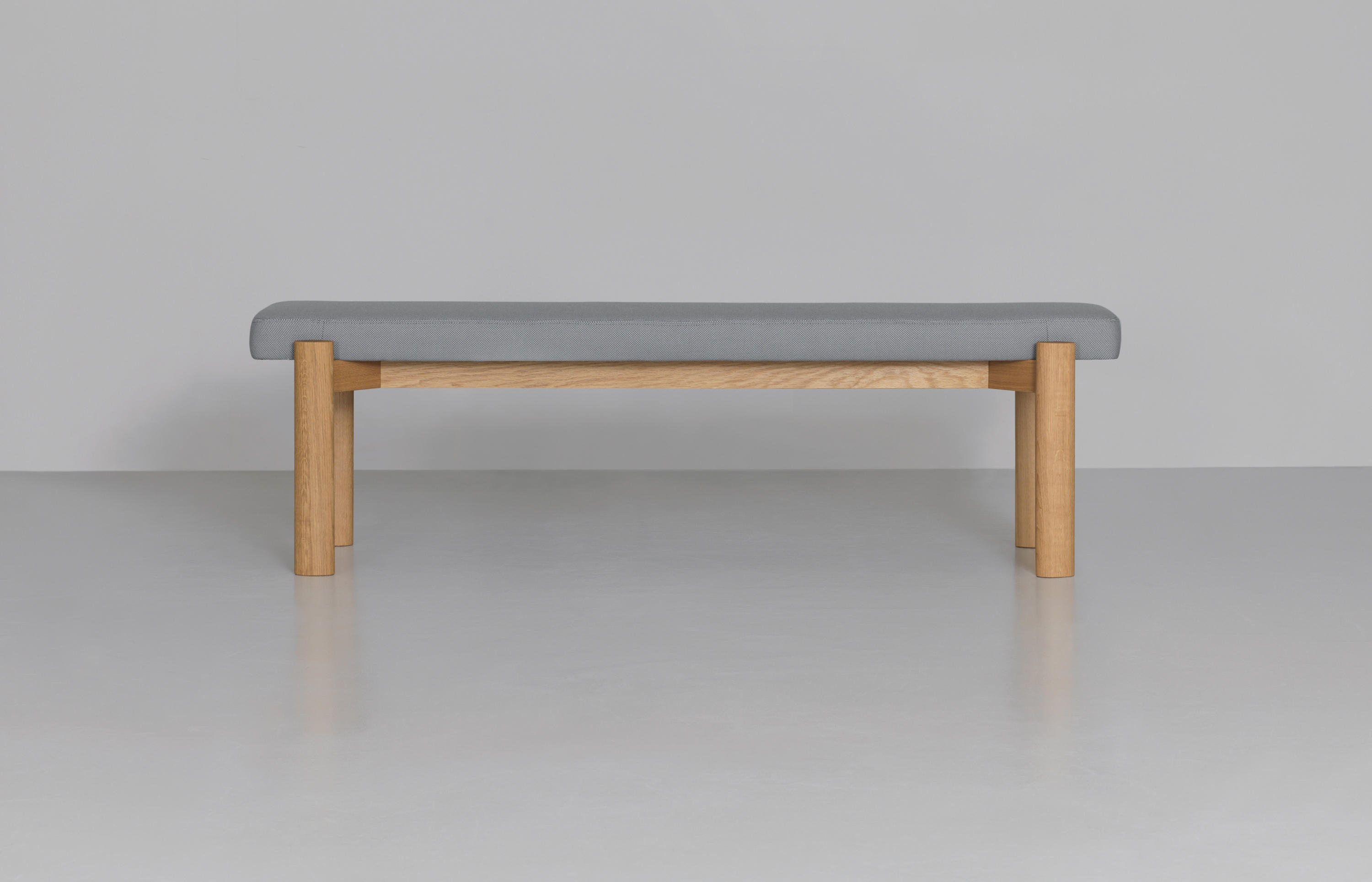 Kosi bank upholstered benches from zeitraum architonic for Bettbank gepolstert