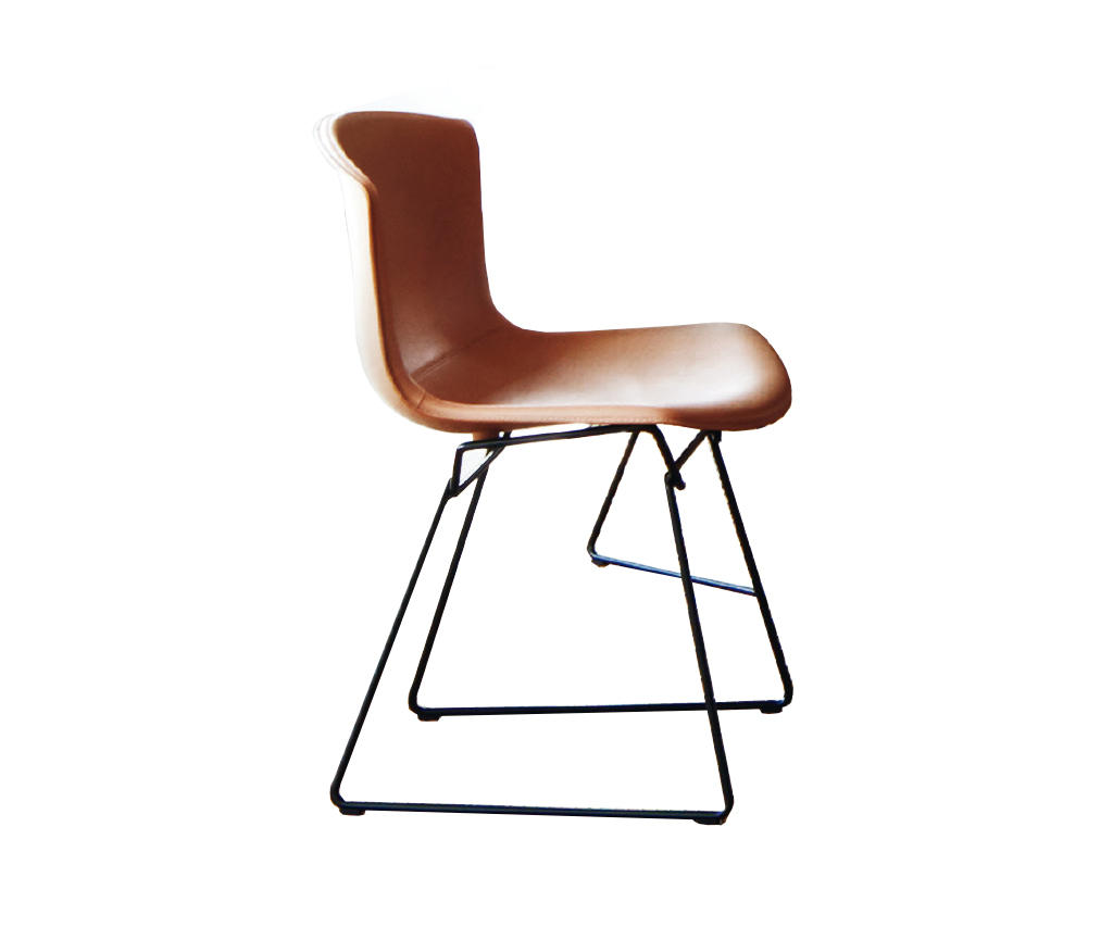bertoia side chair in cowhide visitors chairs side. Black Bedroom Furniture Sets. Home Design Ideas