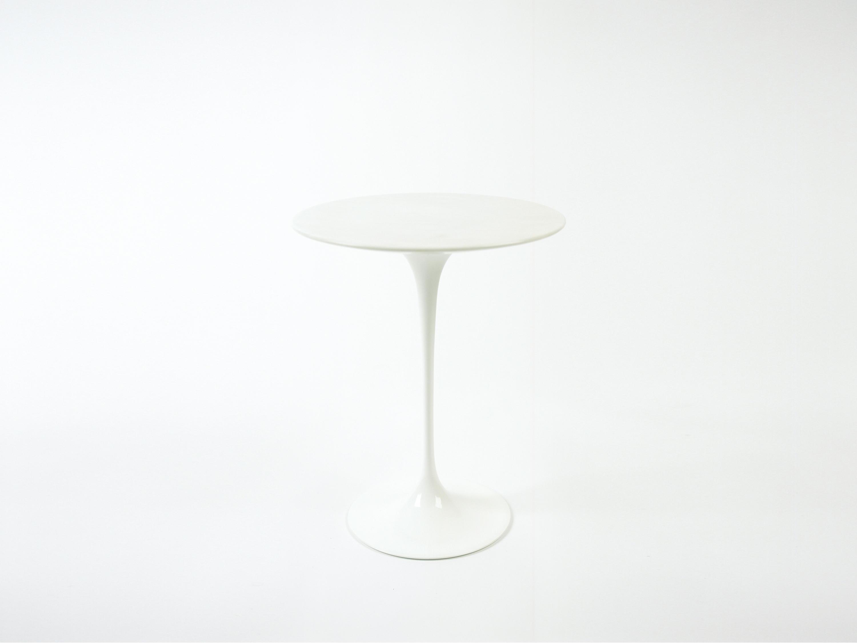 Saarinen tulip low table coffee tables from knoll for Saarinen beistelltisch marmor
