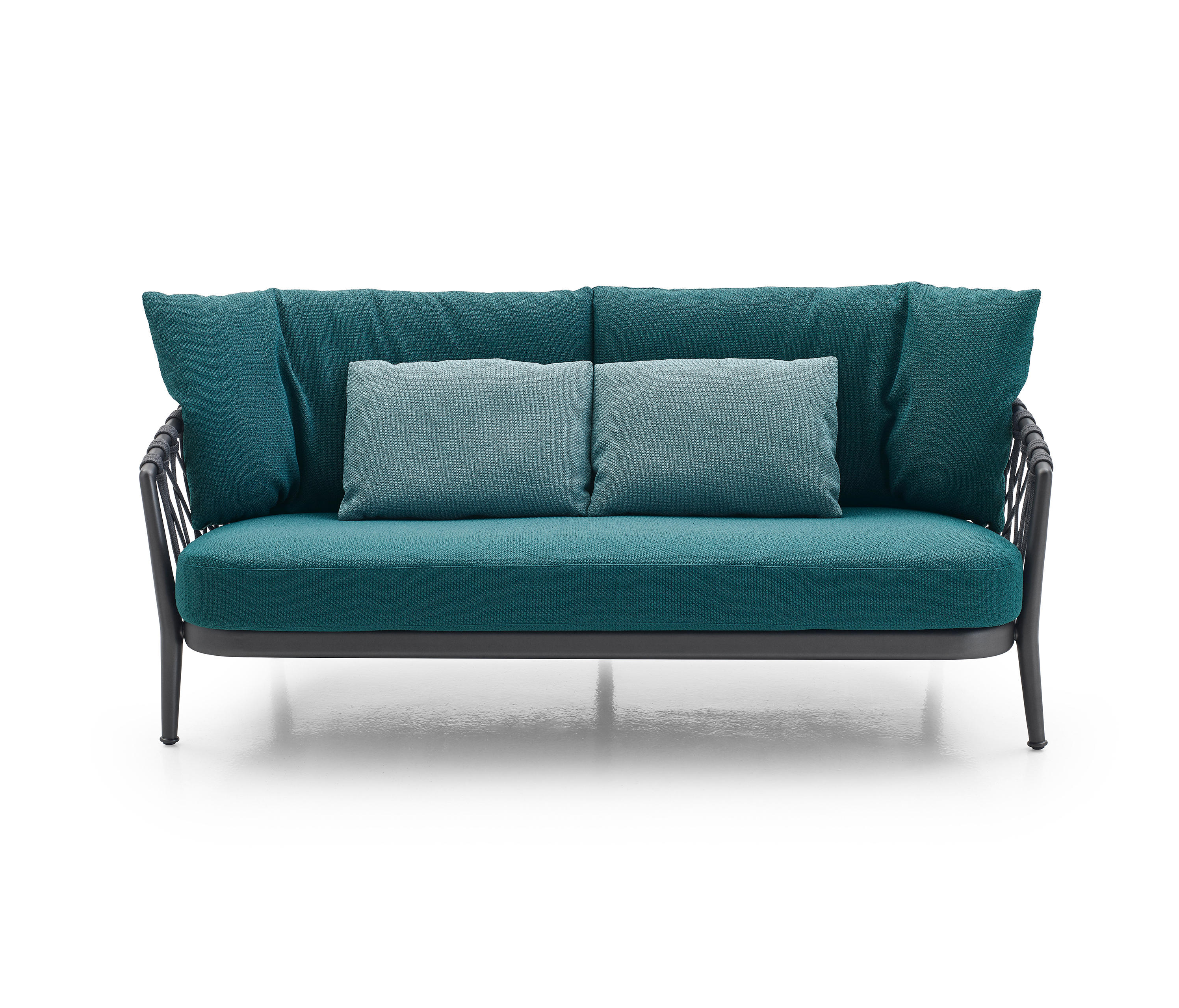 ERICA OUTDOOR Garden sofas from B&B Italia