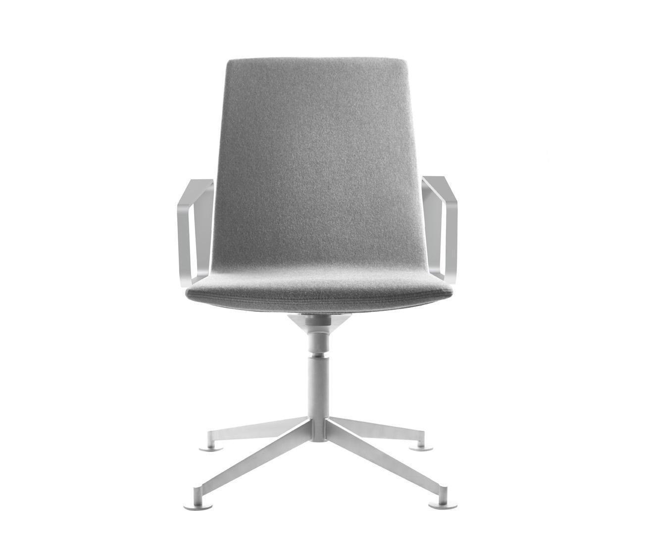 swing task chair st hle von leland international architonic. Black Bedroom Furniture Sets. Home Design Ideas