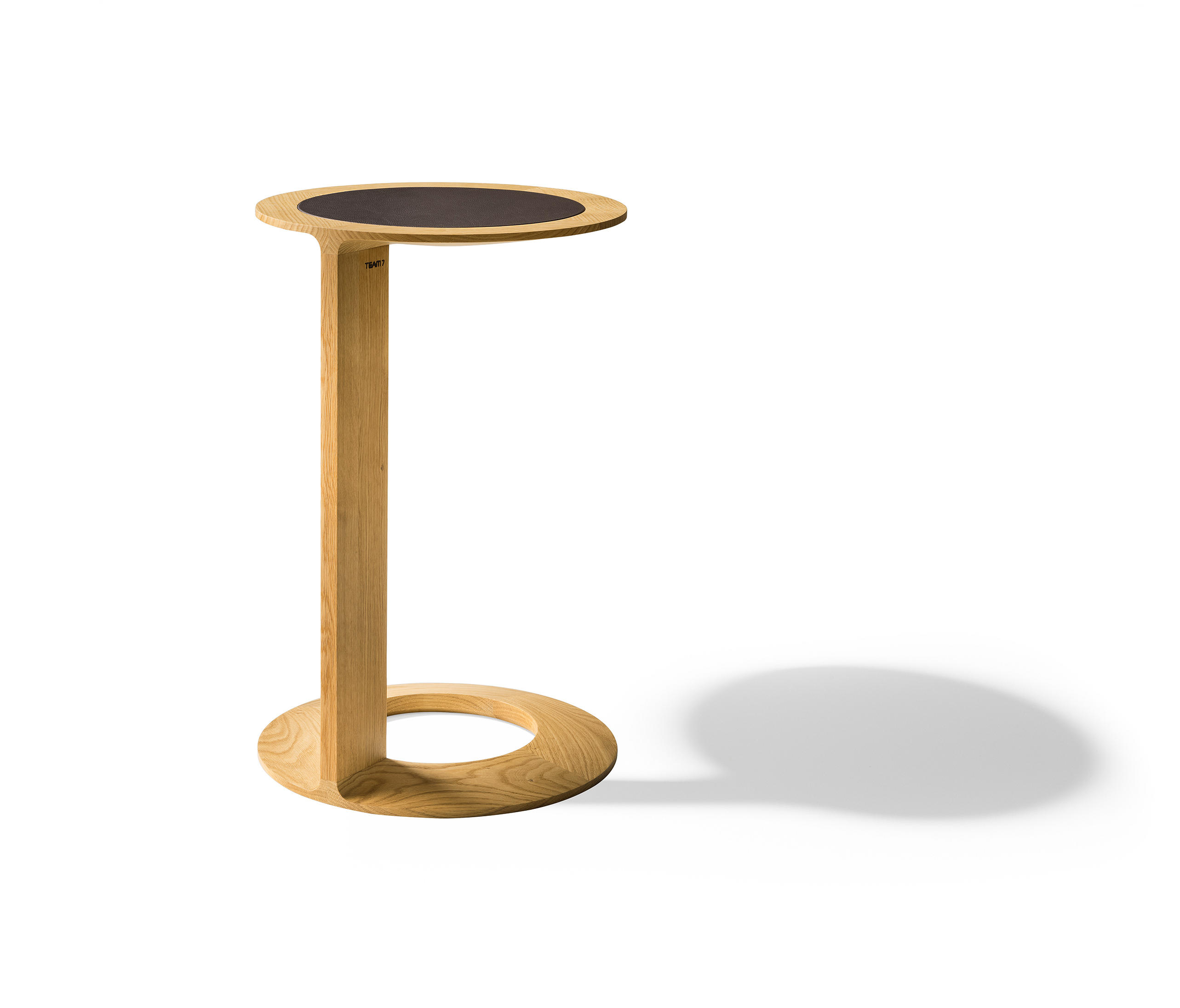Loup Side Table Side Tables From Team 7 Architonic