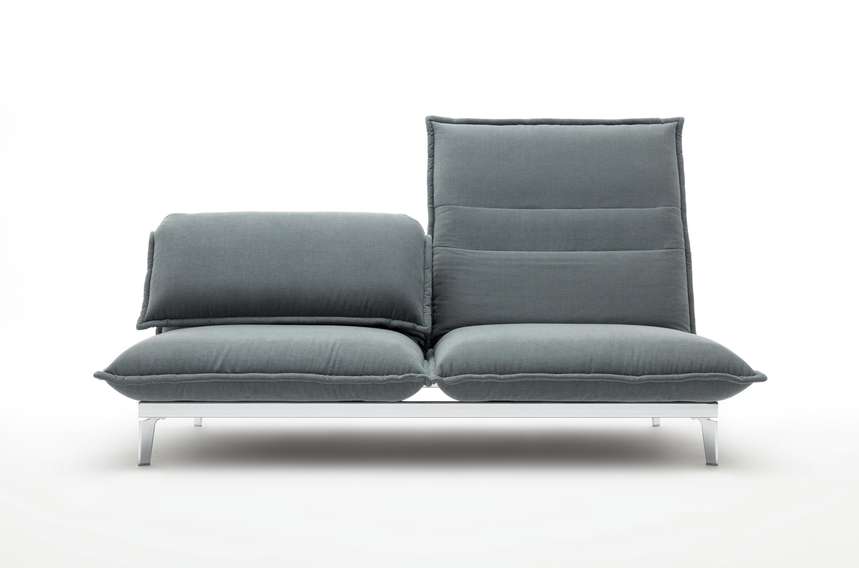 Rolf benz nova relaxsofas von rolf benz architonic for Rolf benz katalog