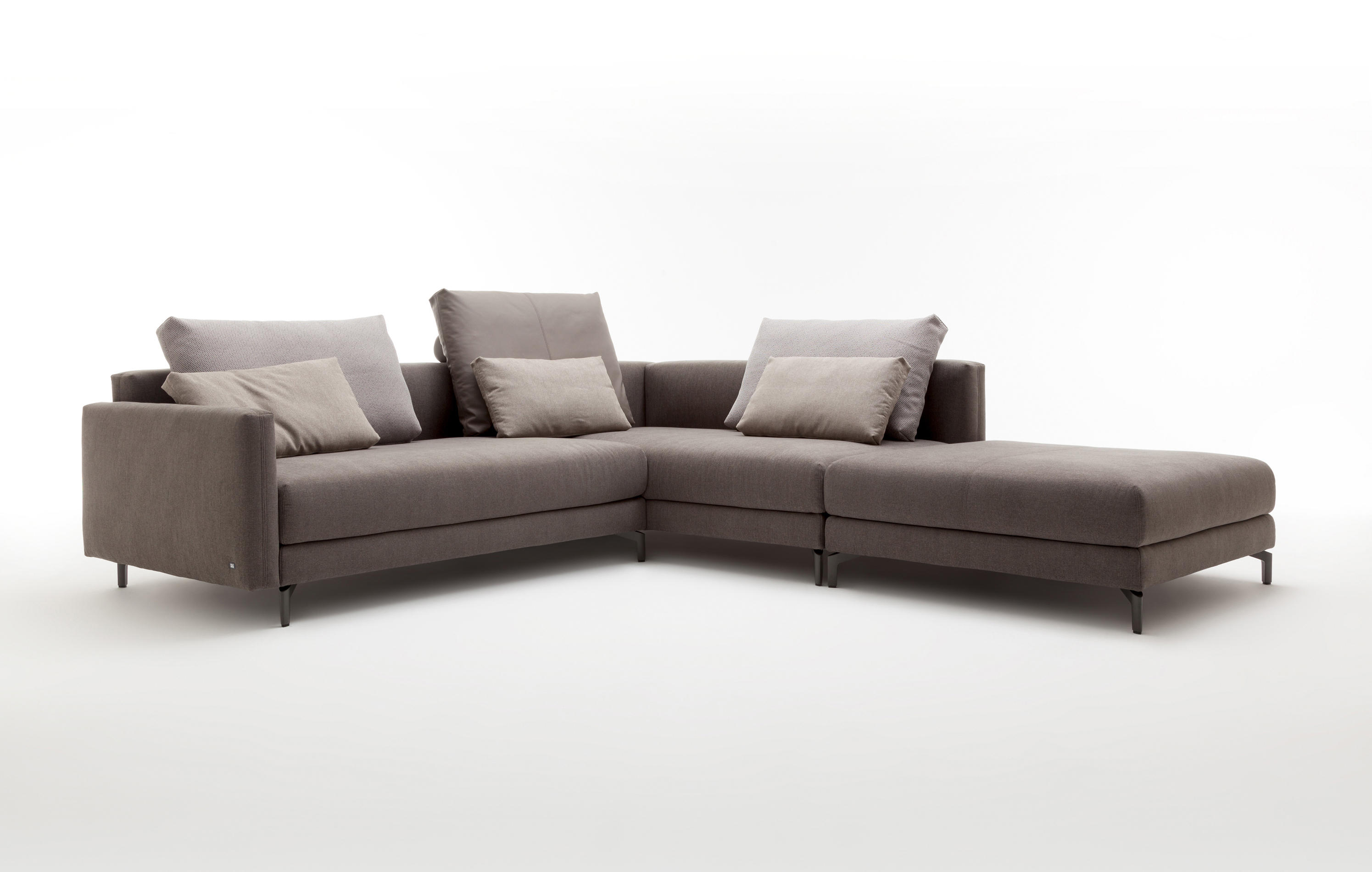 rolf benz nuvola sofas from rolf benz architonic. Black Bedroom Furniture Sets. Home Design Ideas