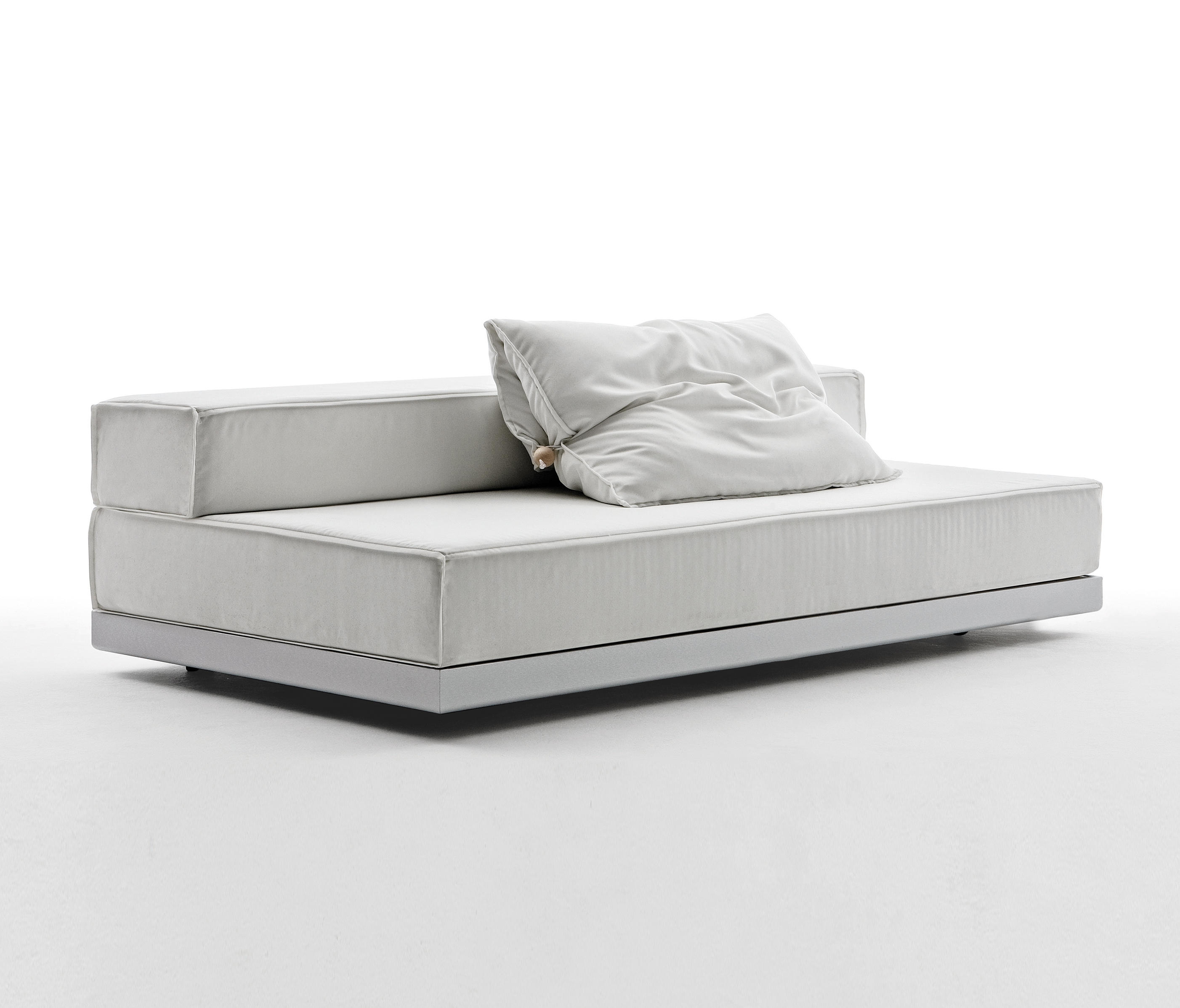 Bed Breakfast Sofa By Saba Italia Sofas