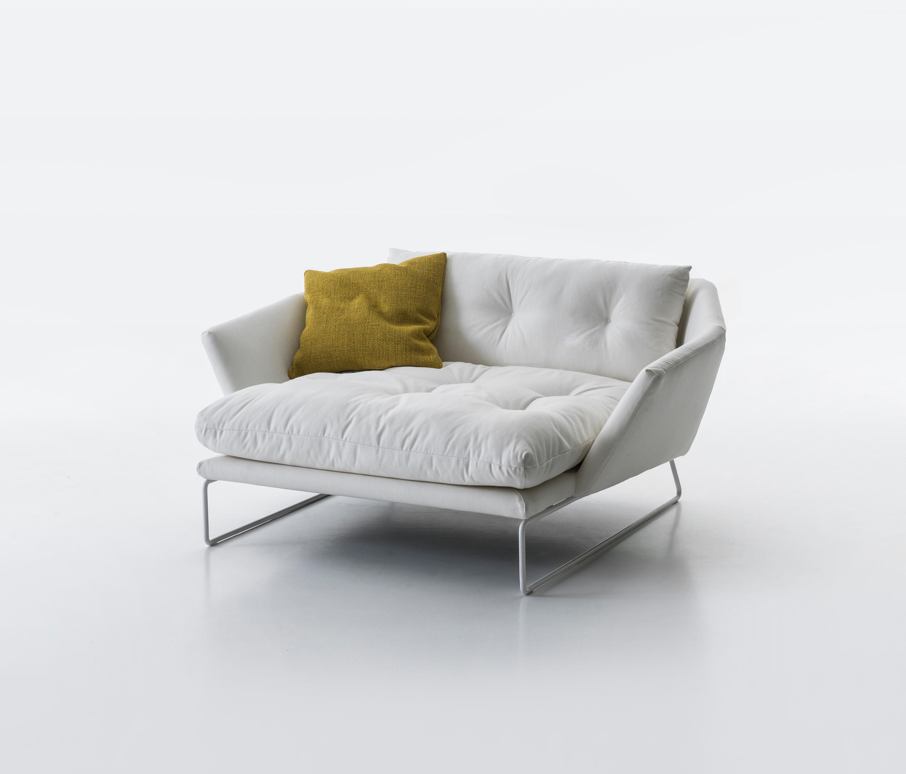 Superb New York Suite Lounge Sofas From Saba Italia Architonic Home Interior And Landscaping Eliaenasavecom