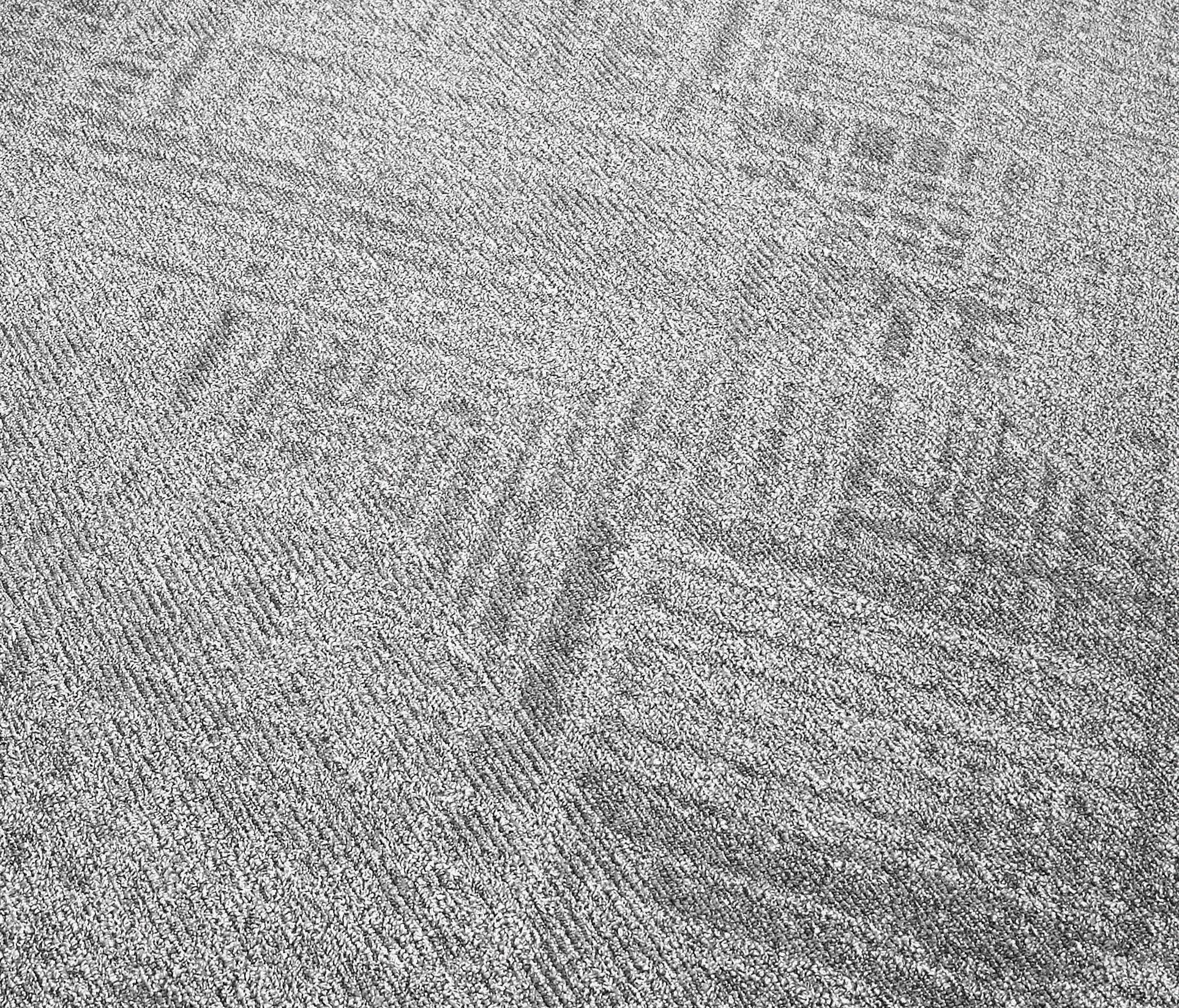Bentley Carpet Teleport The Honoroak