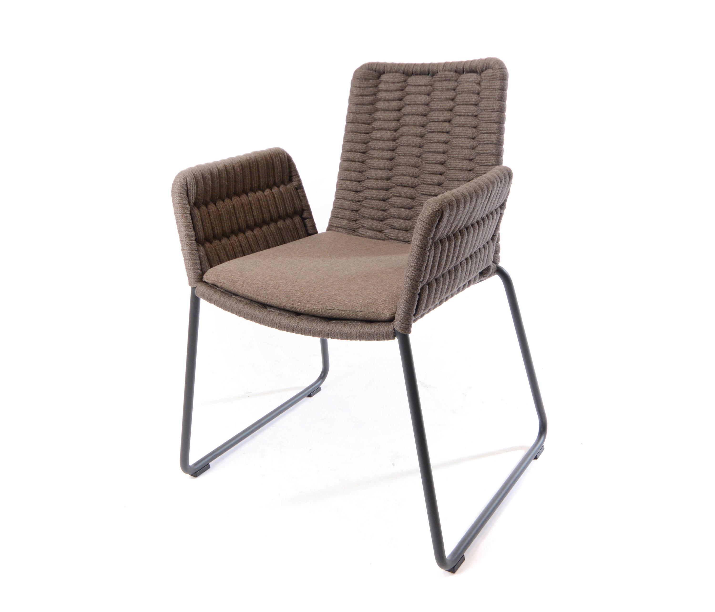Wing armchair sedie fischer m bel architonic for Mobel fischer