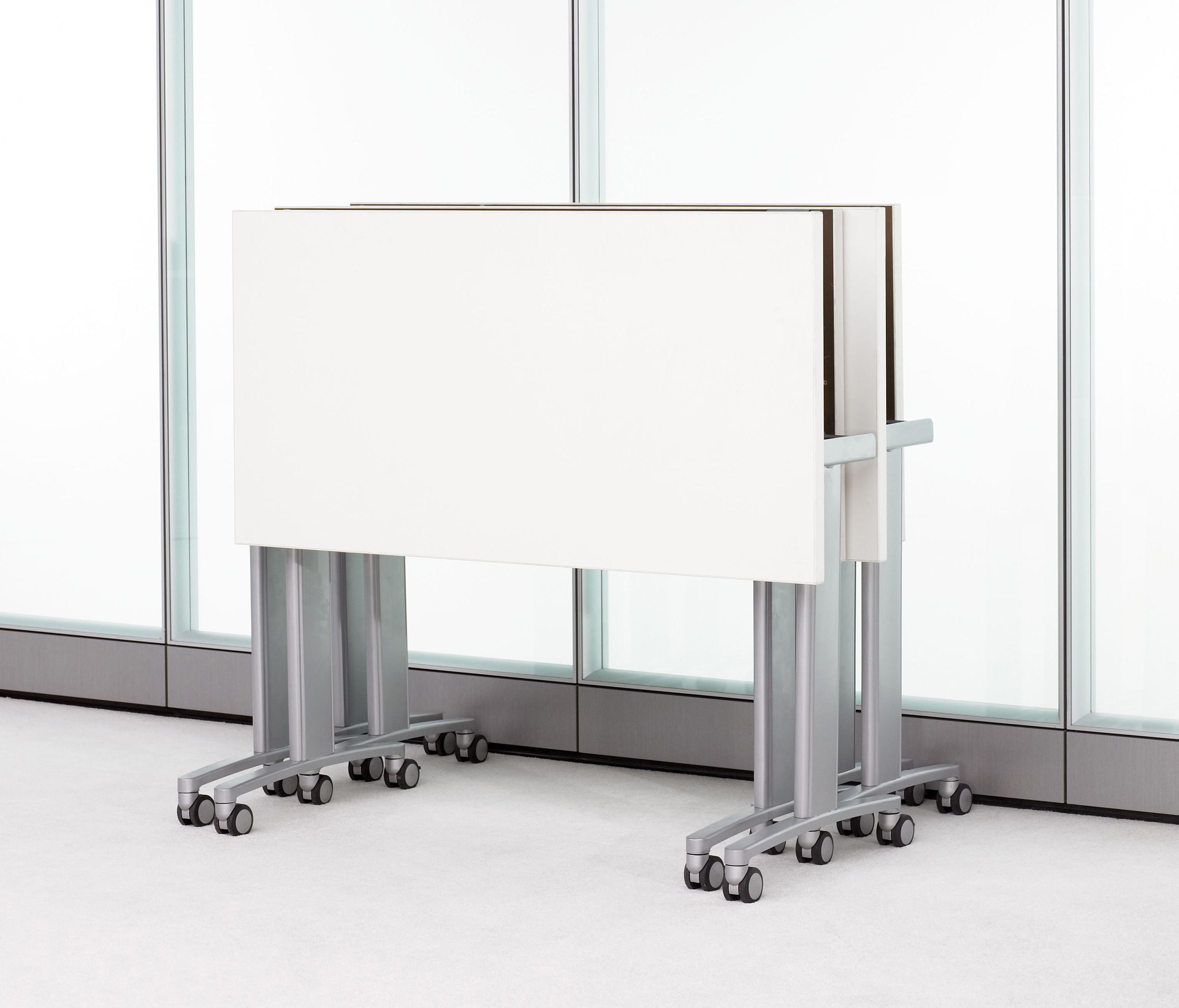 Expansion training multipurpose tables from teknion for Furniture 08054