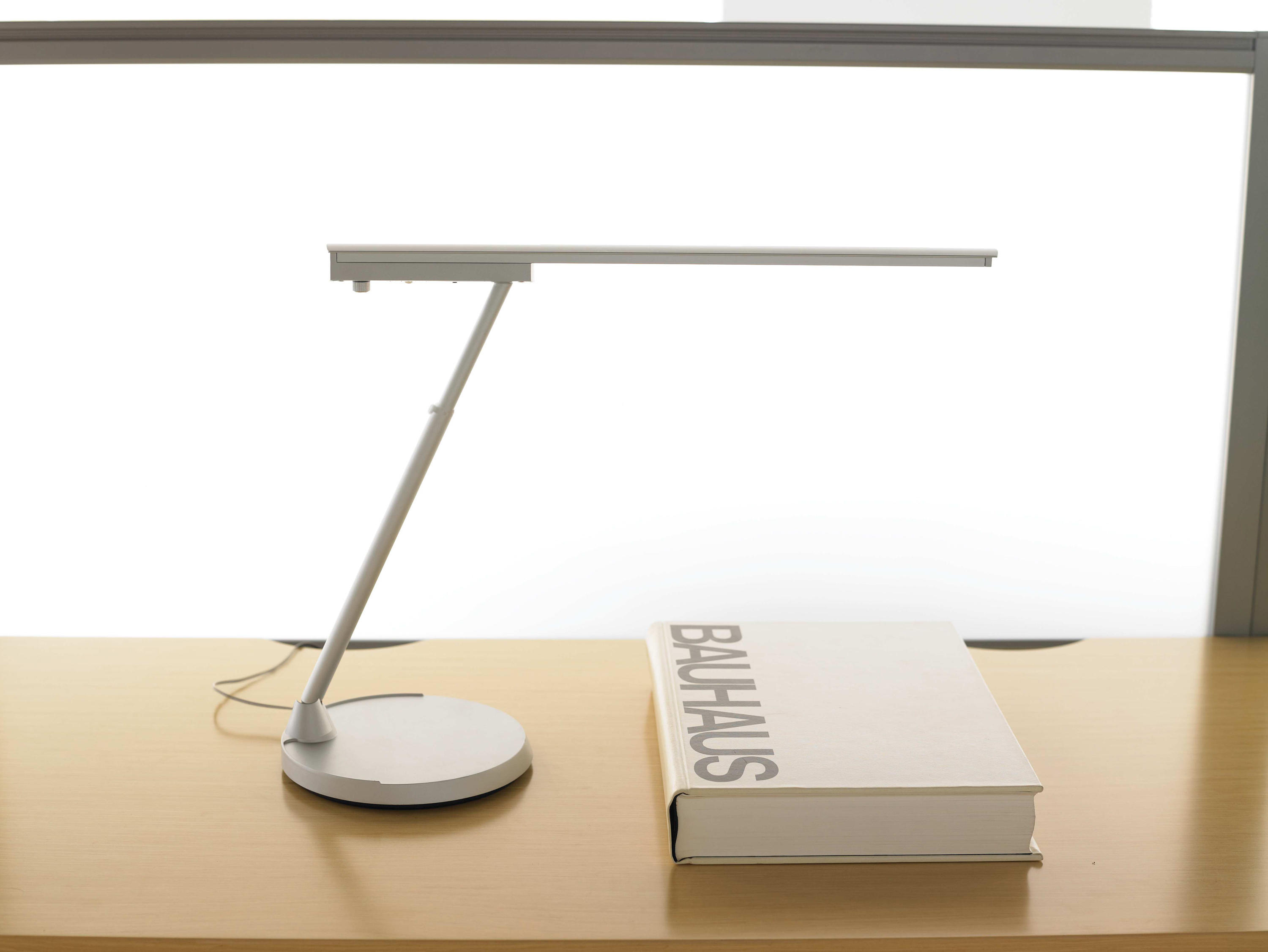 Conflux Table Lights From Teknion Architonic