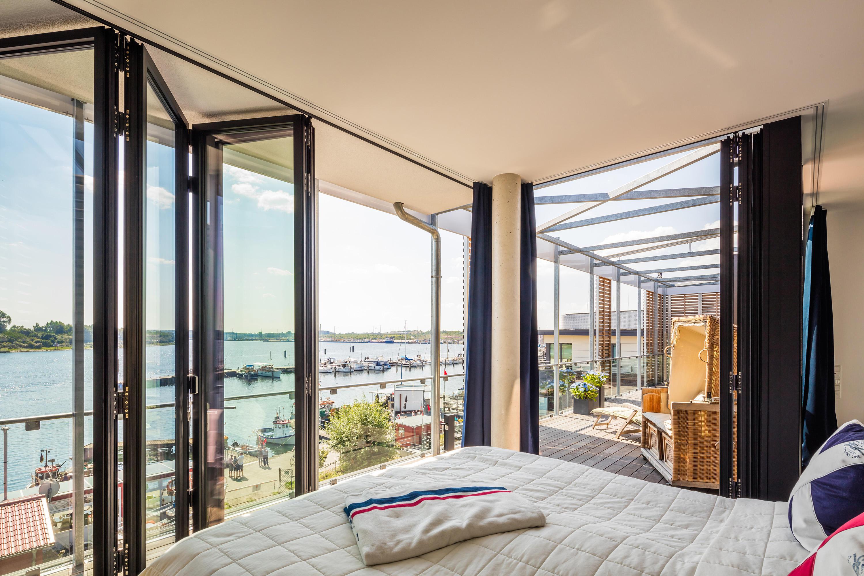 bi folding doors sl 81 window systems from solarlux. Black Bedroom Furniture Sets. Home Design Ideas