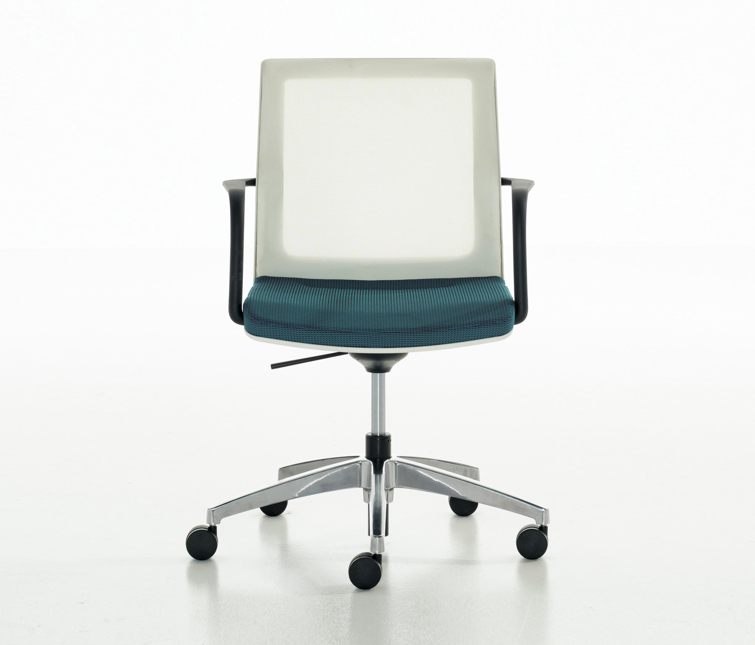 Research and select Conference chairs from Teknion online