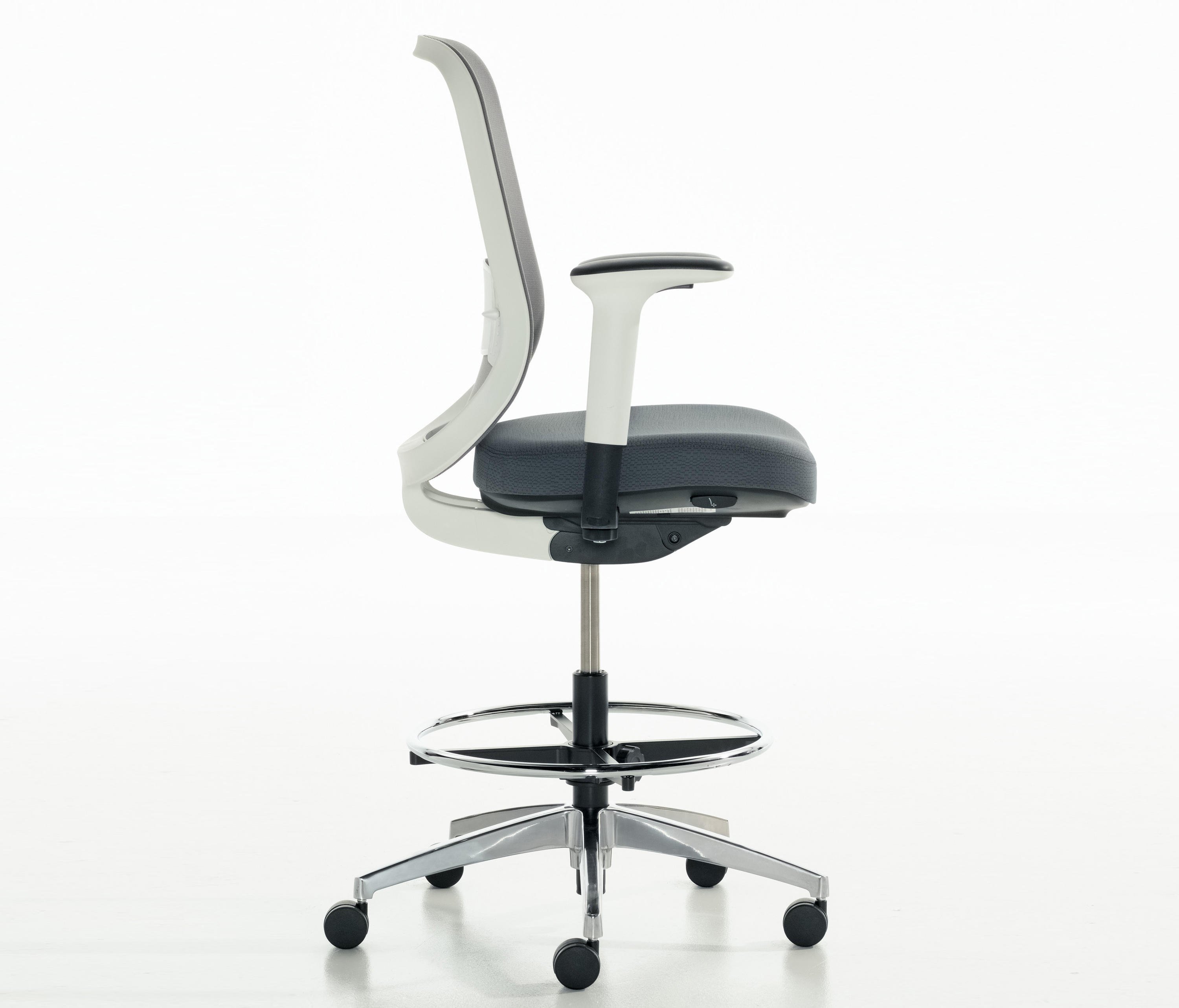 Projek Swivel Stool By Teknion Office Chairs