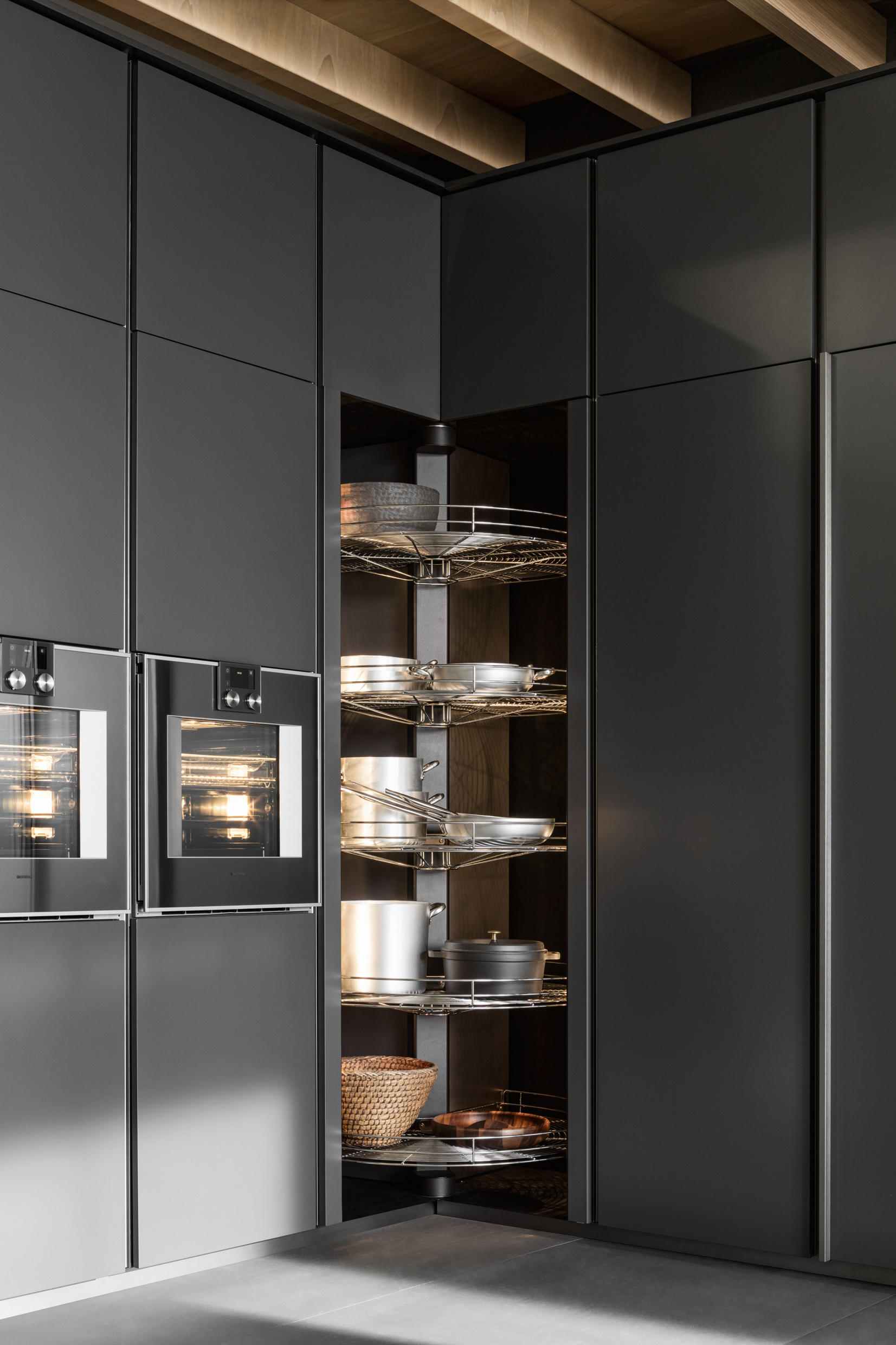 Vvd Fitted Kitchens From Dada Architonic