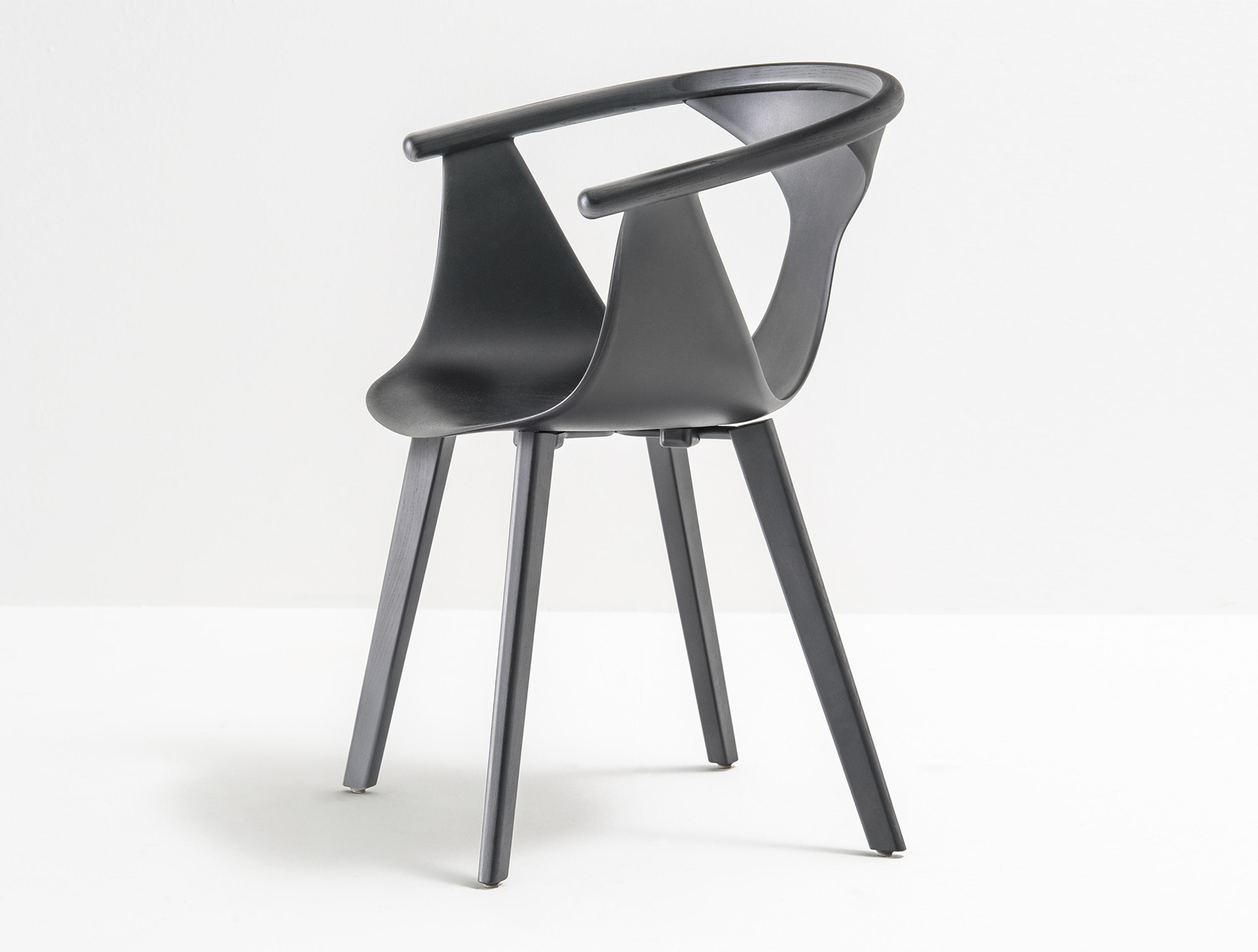 Merveilleux Fox Armchair 3725 By PEDRALI | Chairs ...