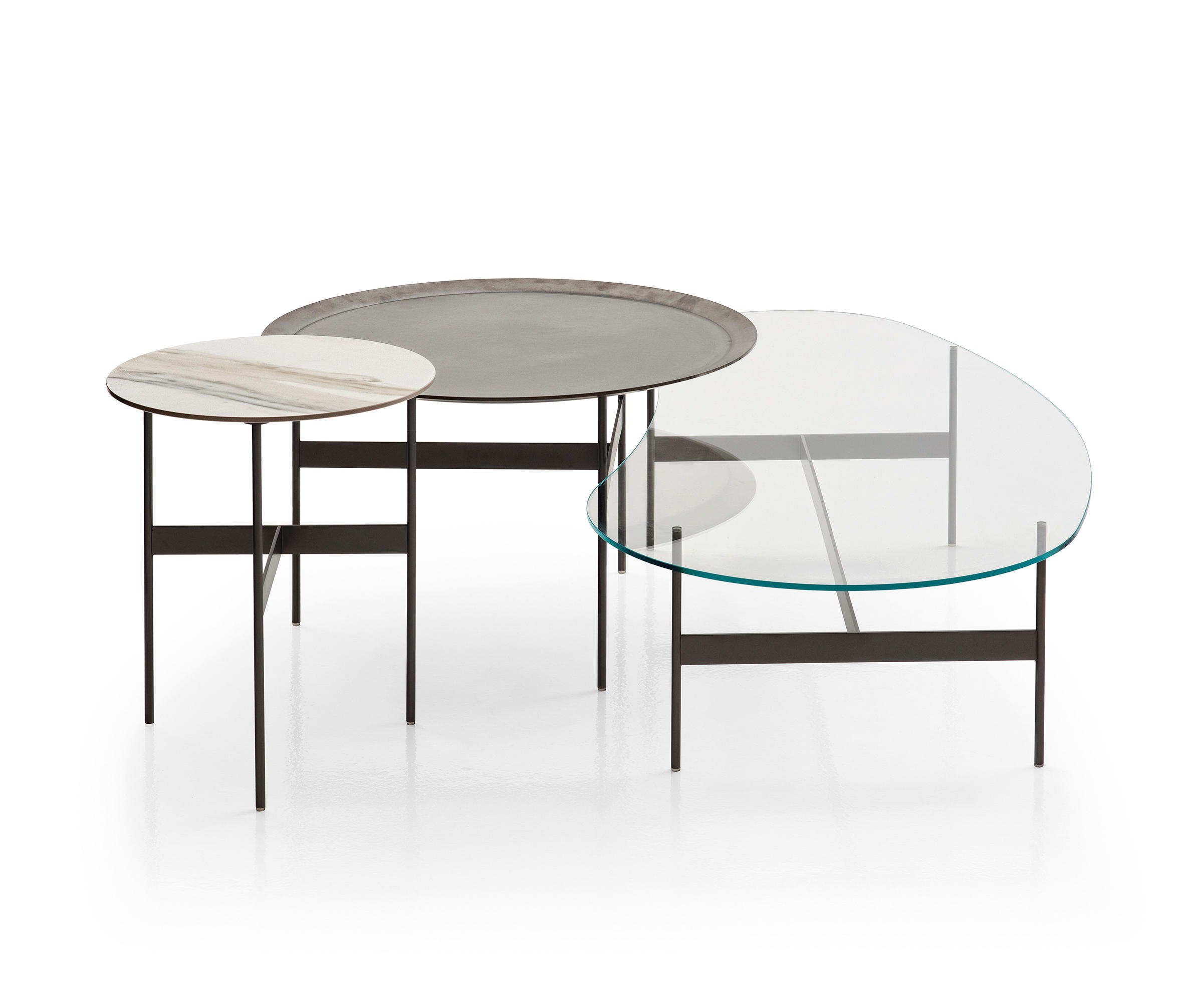 FORMICHE Side tables from B&B Italia