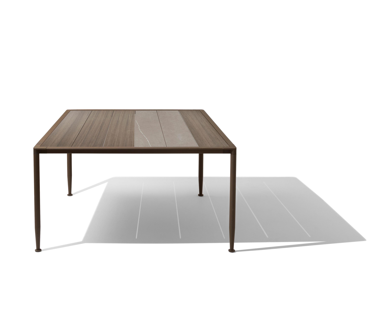 Gea tavolo tavoli da pranzo da giardino giorgetti for Produttori tavoli